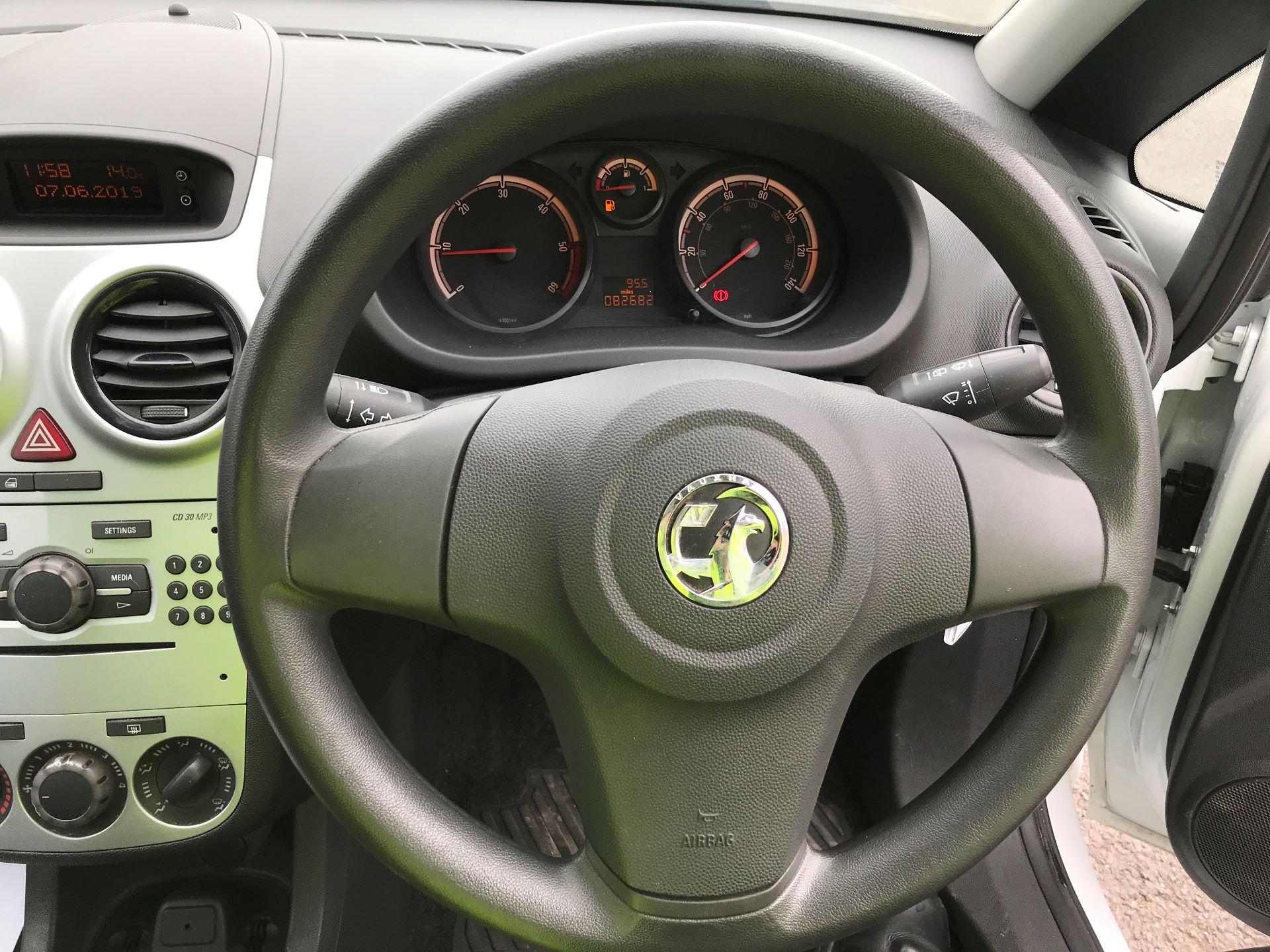 2015 Vauxhall Corsa 1.3CDTI 16V 75PS EURO 5 (DU15EWJ) Image 5