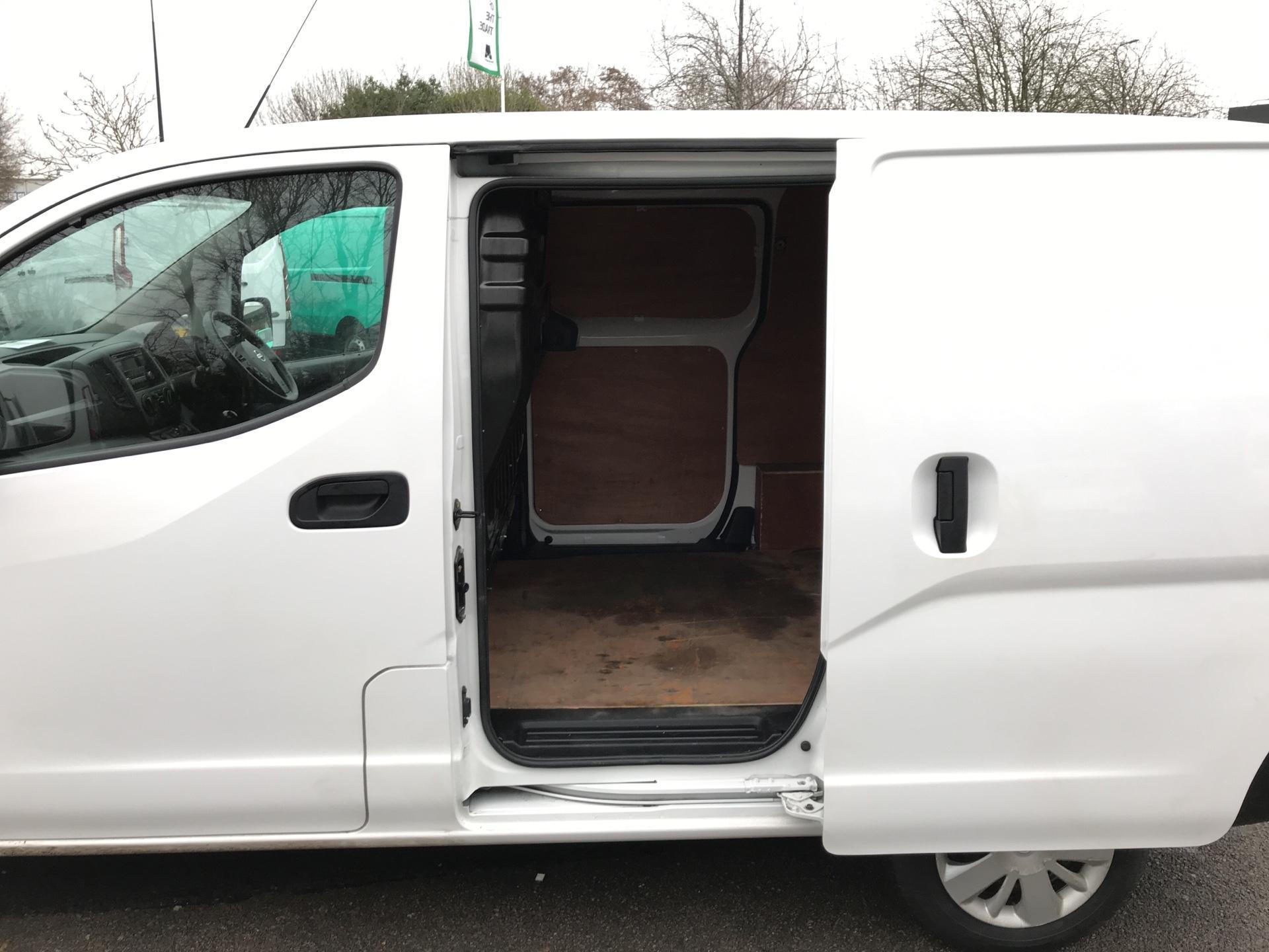 2016 Nissan Nv200 1.5 Dci Acenta Van Euro 5 (DU16EEH) Image 20