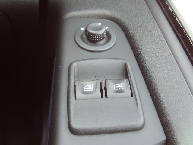 2017 Vauxhall Vivaro 2900 L2 H1 1.6CDTI 120PS EURO 6 (DU17UXM) Image 18