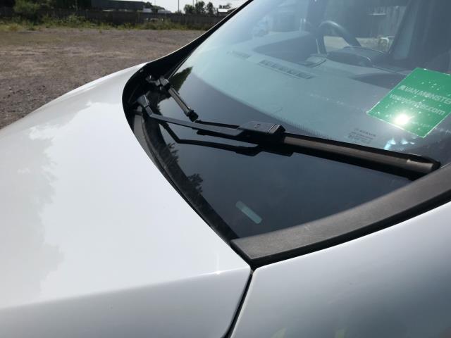 2017 Vauxhall Vivaro L2 H1 2900 1.6CDTI 120PS EURO 6 *Restricted to 68 MPH* (DU17UXO) Image 20