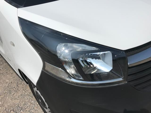 2017 Vauxhall Vivaro L2 H1 2900 1.6CDTI 120PS EURO 6 *Restricted to 68 MPH* (DU17UXO) Image 18