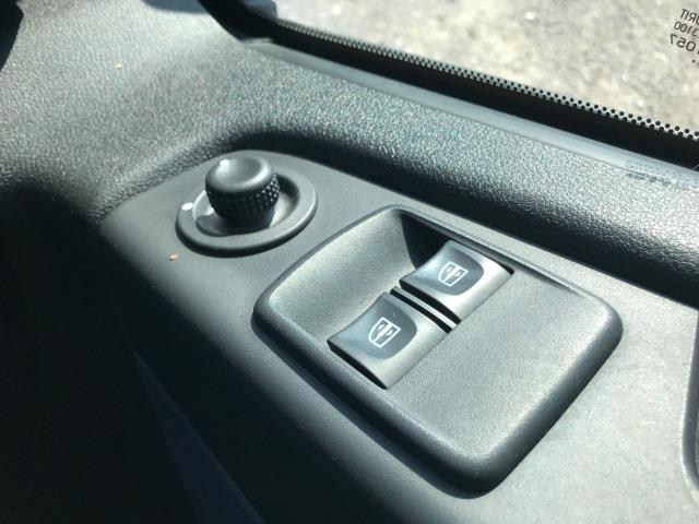 2017 Vauxhall Vivaro L2 H1 2900 1.6CDTI 120PS EURO 6 *Restricted to 68 MPH* (DU17UXO) Image 33