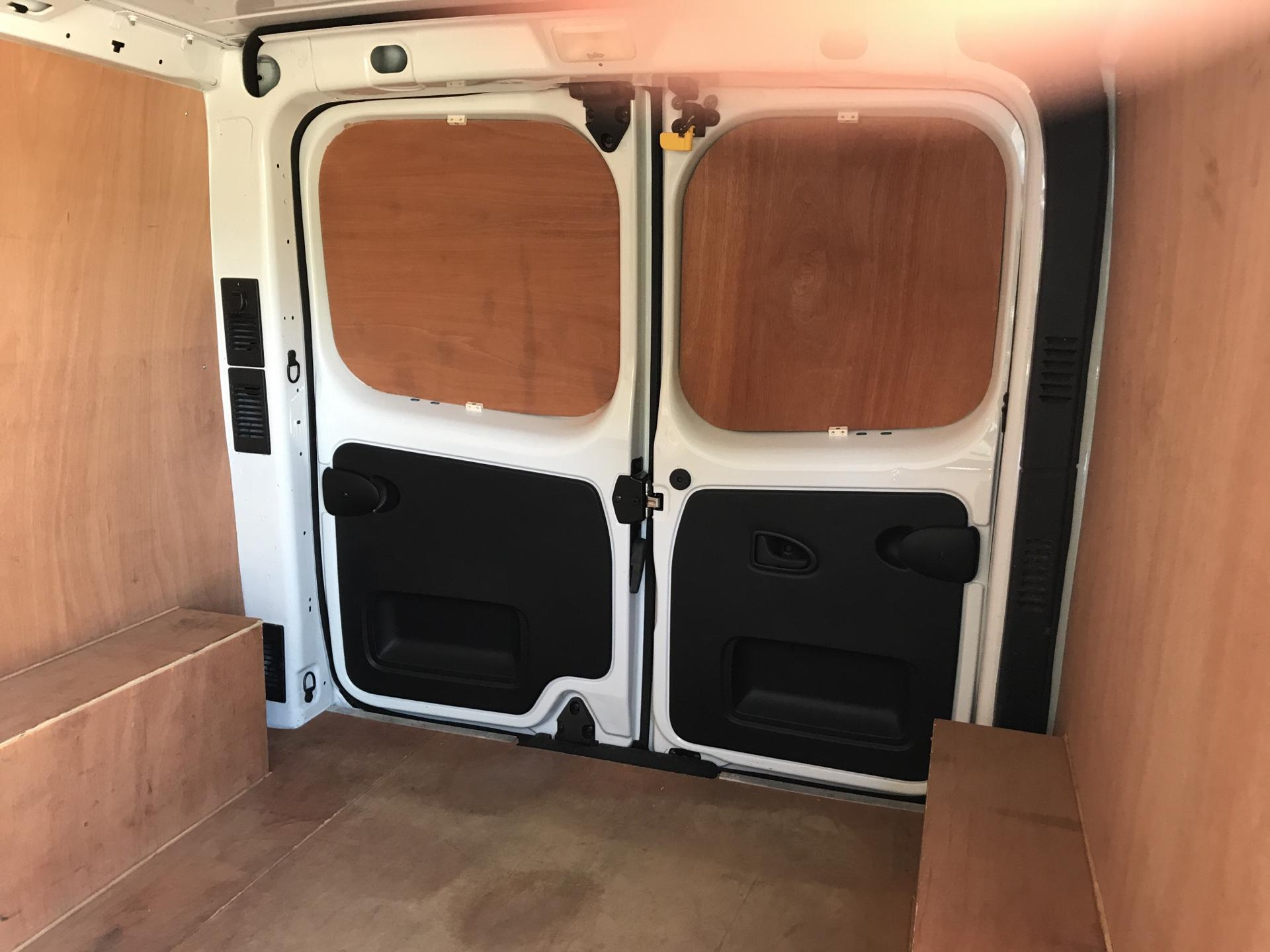 2017 Vauxhall Vivaro 2900 1.6Cdti 120Ps H1 Van (DU17UZP) Image 15