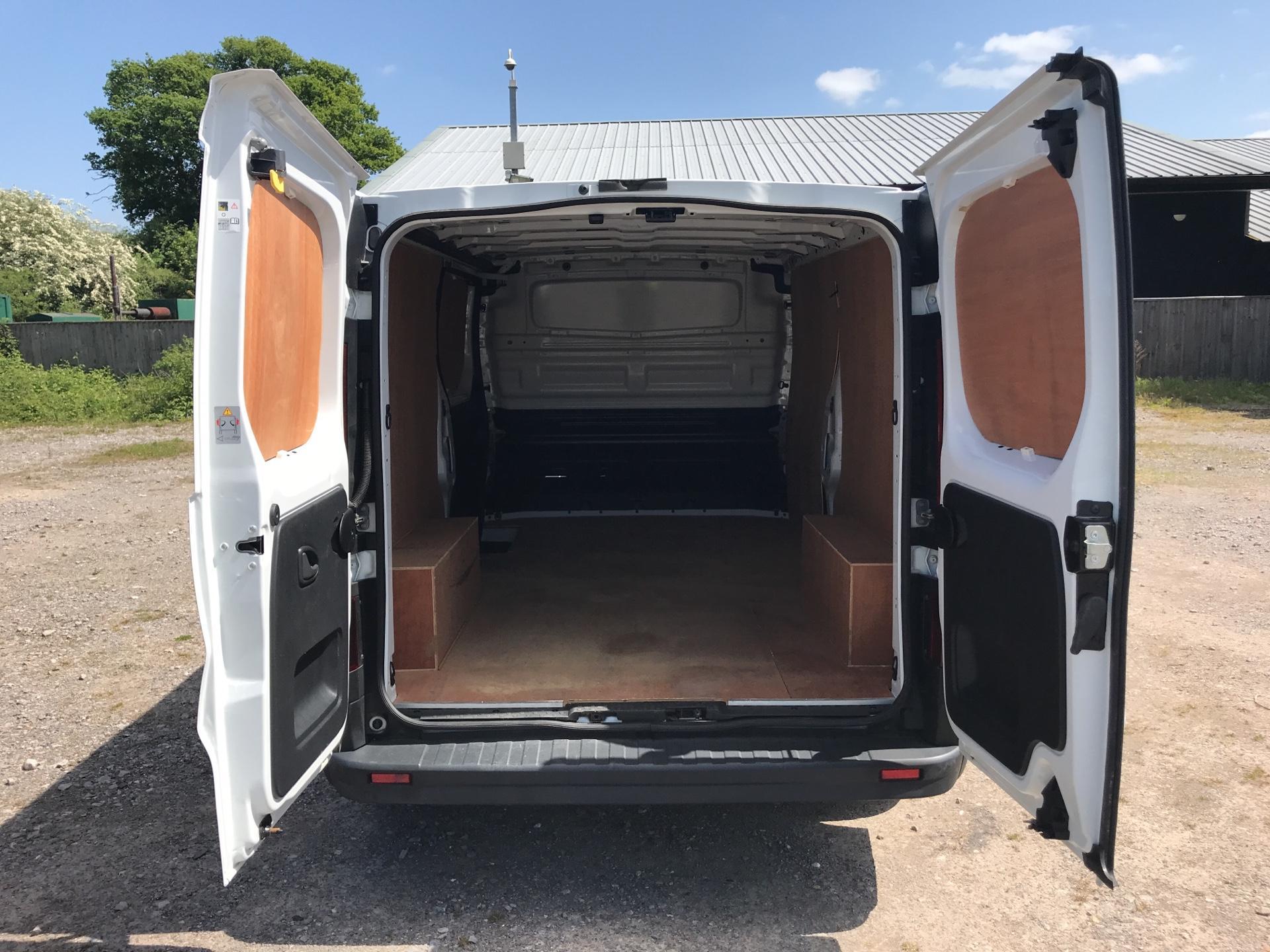 2017 Vauxhall Vivaro 2900 1.6Cdti 120Ps H1 Van (DU17UZP) Image 17