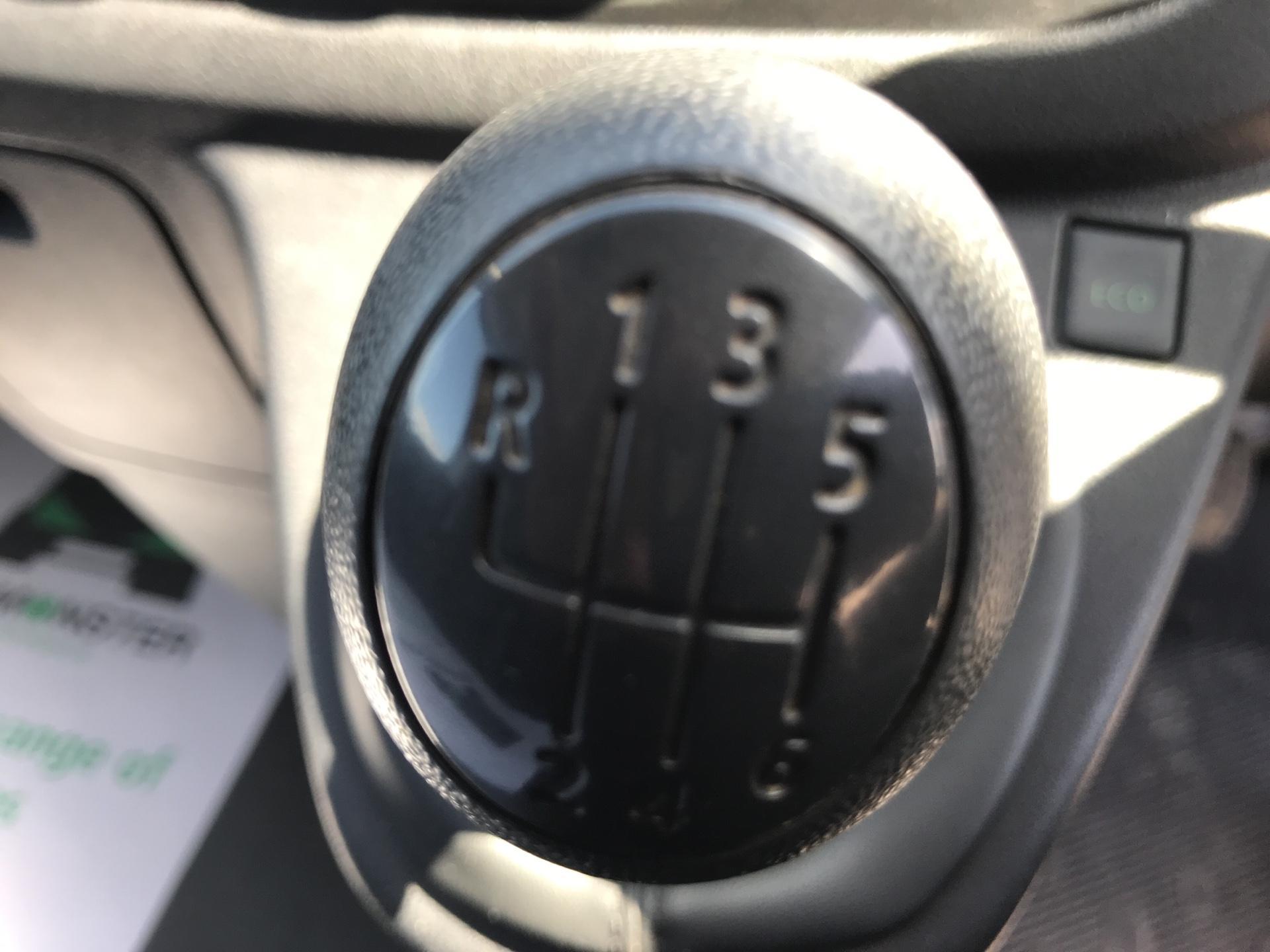 2017 Vauxhall Vivaro 2900 1.6Cdti 120Ps H1 Van (DU17UZP) Image 11