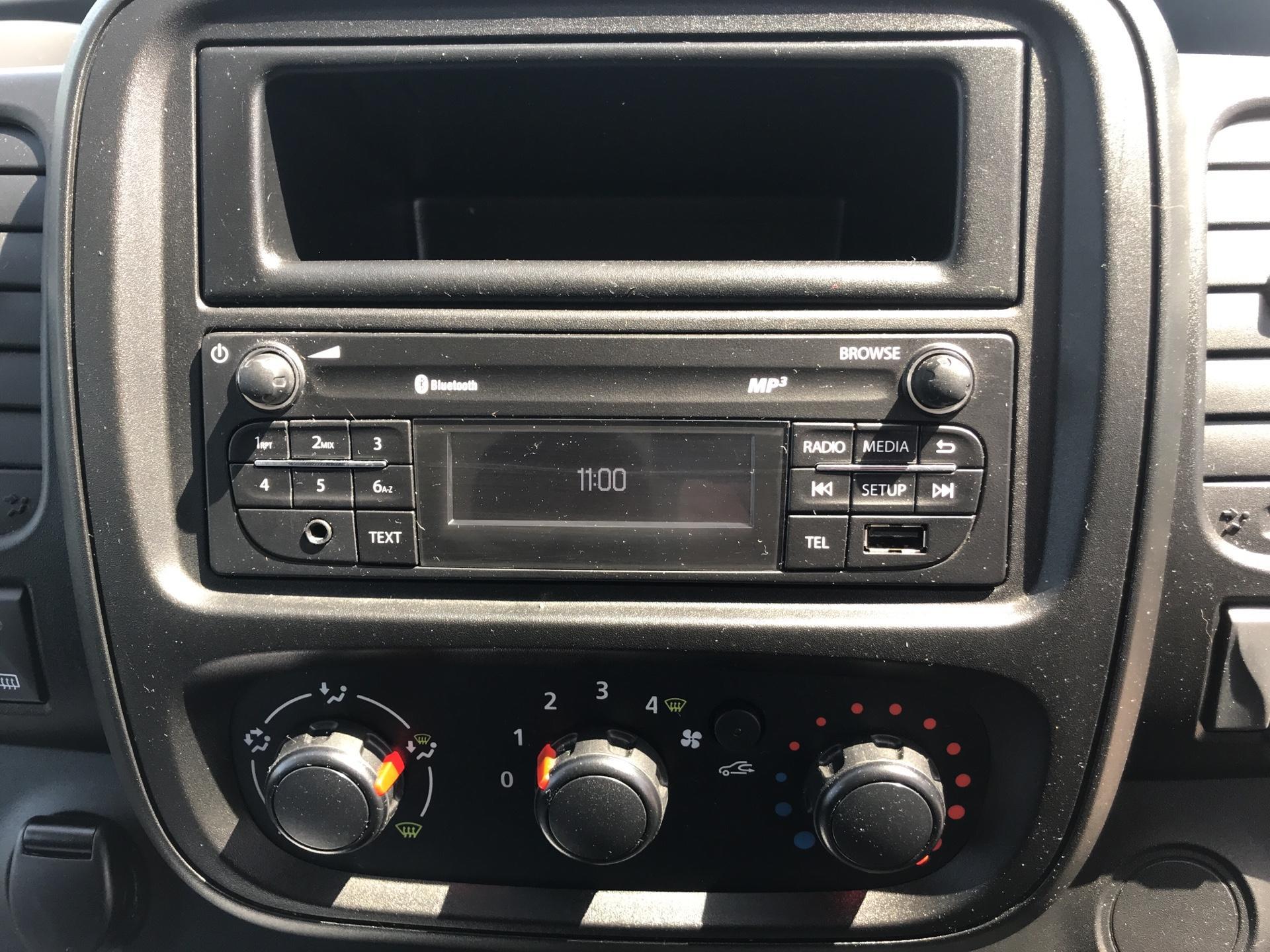 2017 Vauxhall Vivaro 2900 1.6Cdti 120Ps H1 Van (DU17UZP) Image 10