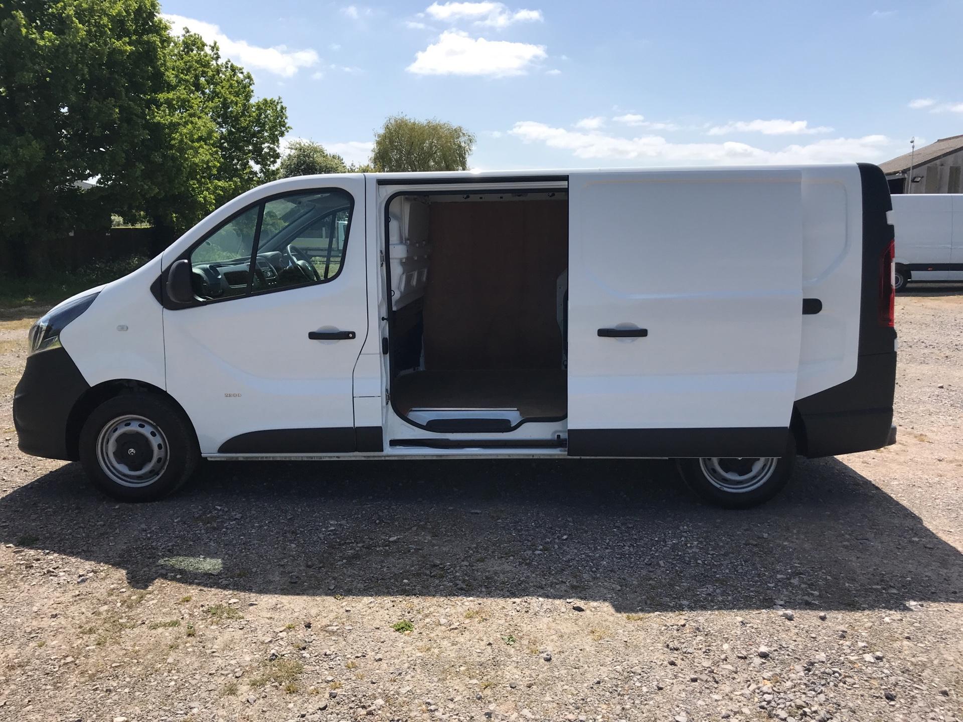 2017 Vauxhall Vivaro 2900 1.6Cdti 120Ps H1 Van (DU17UZP) Image 16