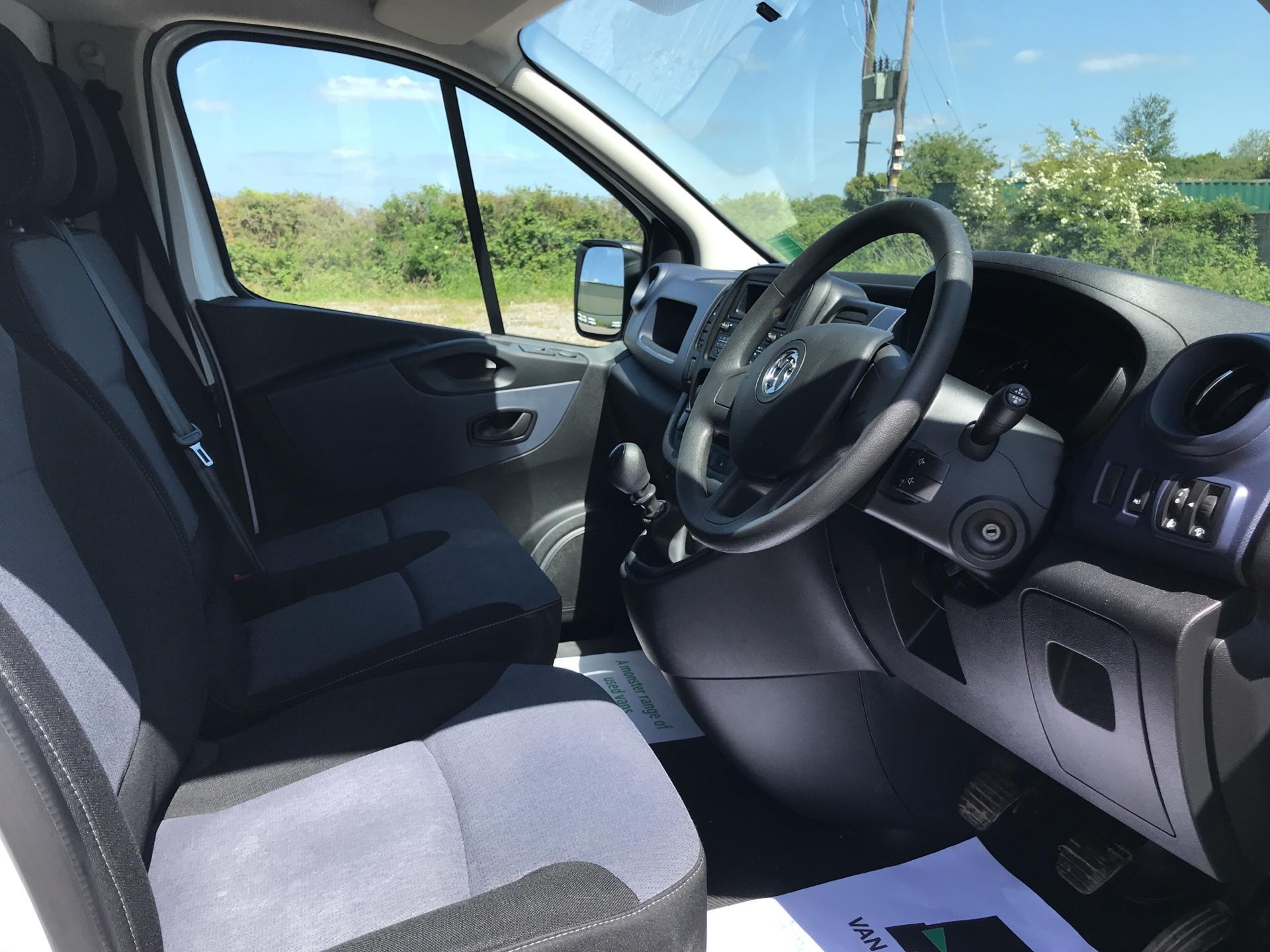 2017 Vauxhall Vivaro 2900 1.6Cdti 120Ps H1 Van (DU17UZP) Image 9