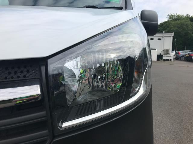 2017 Vauxhall Vivaro L2 H1 2900 1.6CDTI 120PS EURO 6 (DU17VAO) Image 12