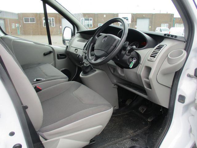 2014 Vauxhall Vivaro LWB 2.0 115PS 2.9T EURO 5 (DU64NYB) Image 6