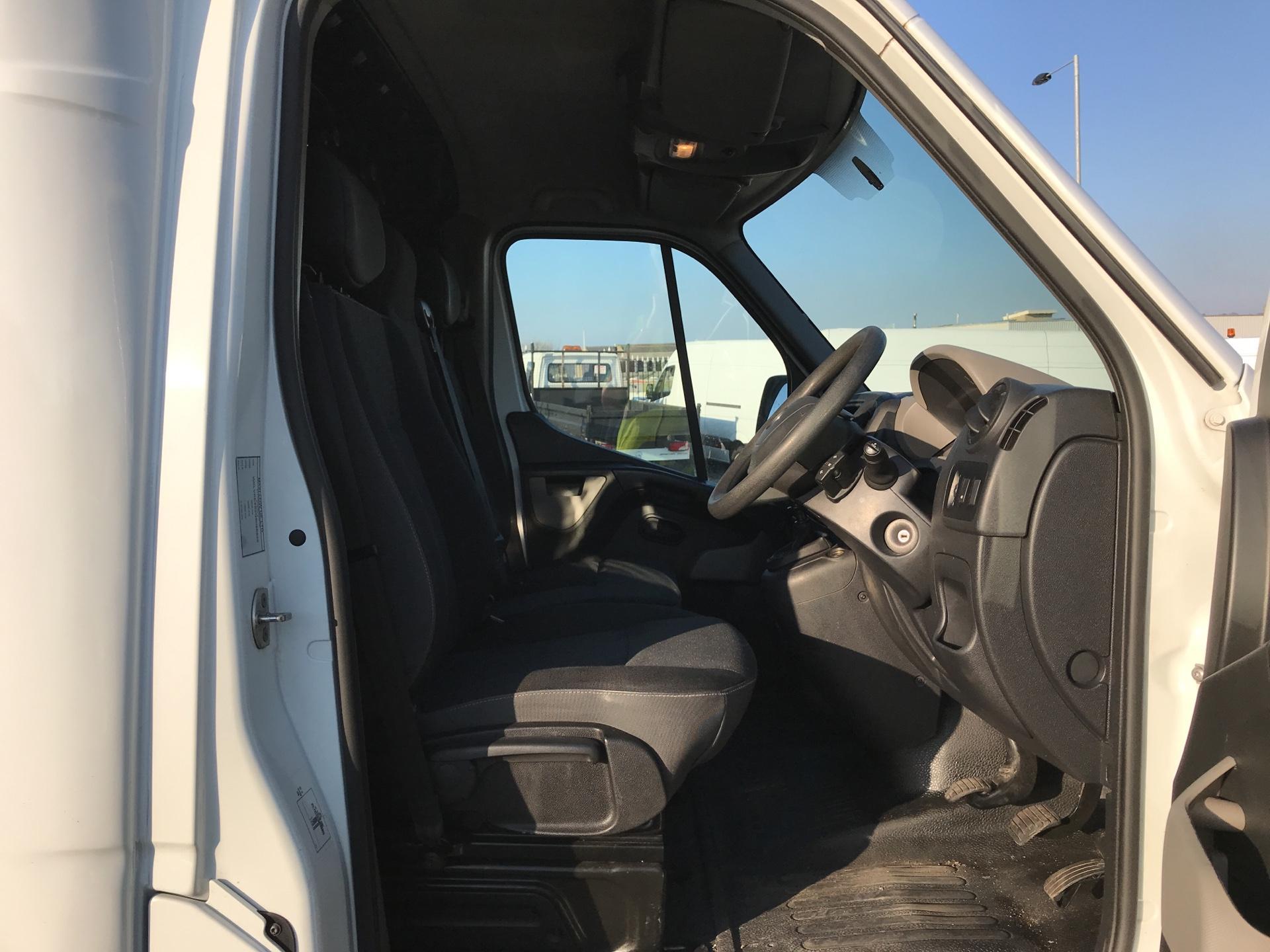 2016 Vauxhall Movano 2.3 Cdti LWB LO Loader Luton Box Van Euro 6  (DU66TBV) Image 9