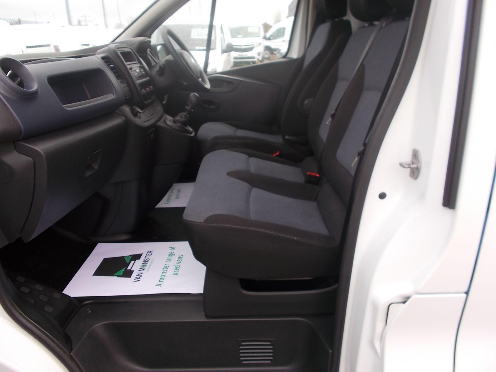 2017 Vauxhall Vivaro L2 H1 2900 1.6CDTI 120PS EURO 6 (DV17FNH) Image 12
