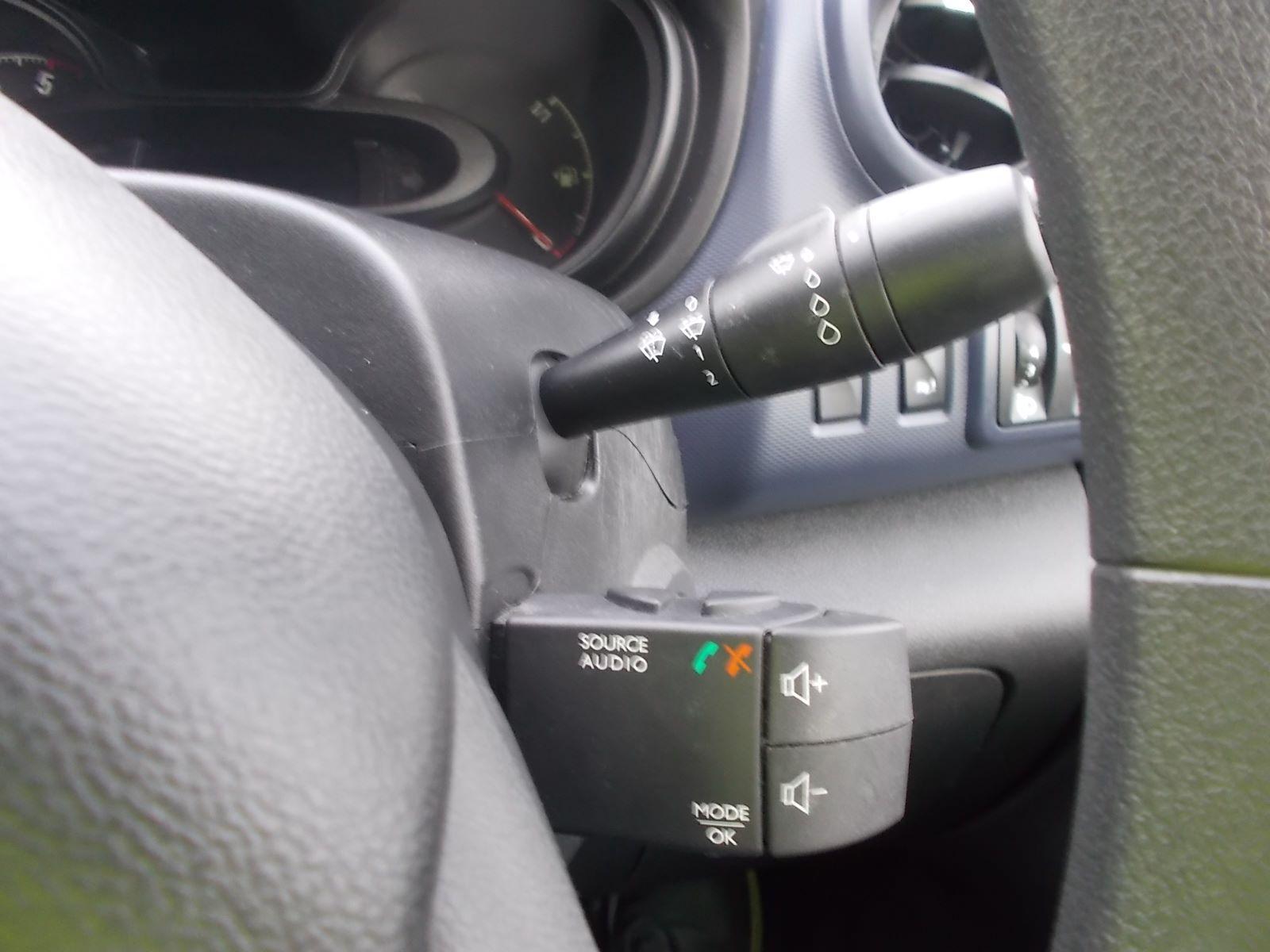 2017 Vauxhall Vivaro L2 H1 2900 1.6CDTI 120PS EURO 6 (DV17FNH) Image 19