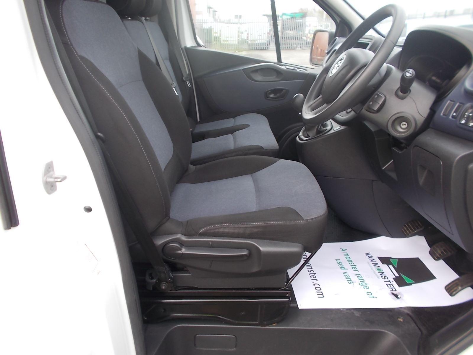 2017 Vauxhall Vivaro L2 H1 2900 1.6CDTI 120PS EURO 6 (DV17FNH) Image 14