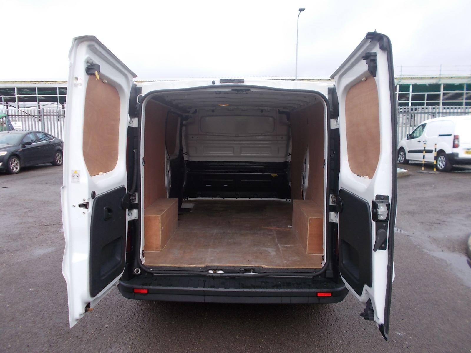 2017 Vauxhall Vivaro L2 H1 2900 1.6CDTI 120PS EURO 6 (DV17FNH) Image 5