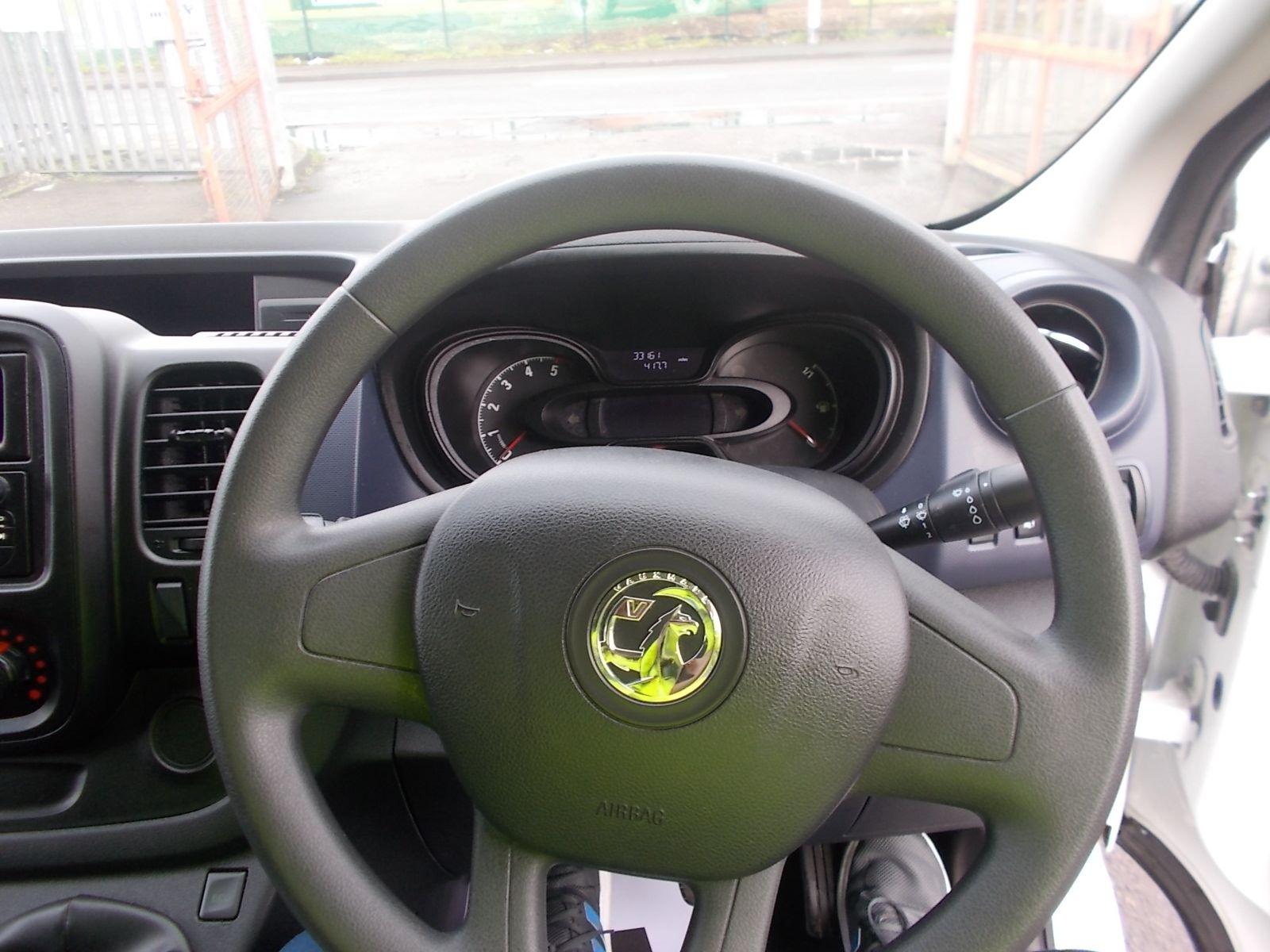 2017 Vauxhall Vivaro L2 H1 2900 1.6CDTI 120PS EURO 6 (DV17FNH) Image 15