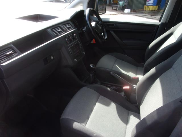 2017 Volkswagen Caddy C20 2.0 TDI 102PS BMT HIGHLINE VAN EURO 6 (DV17JXN) Image 17