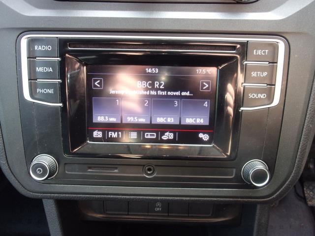 2017 Volkswagen Caddy C20 2.0 TDI 102PS BMT HIGHLINE VAN EURO 6 (DV17JXN) Image 3