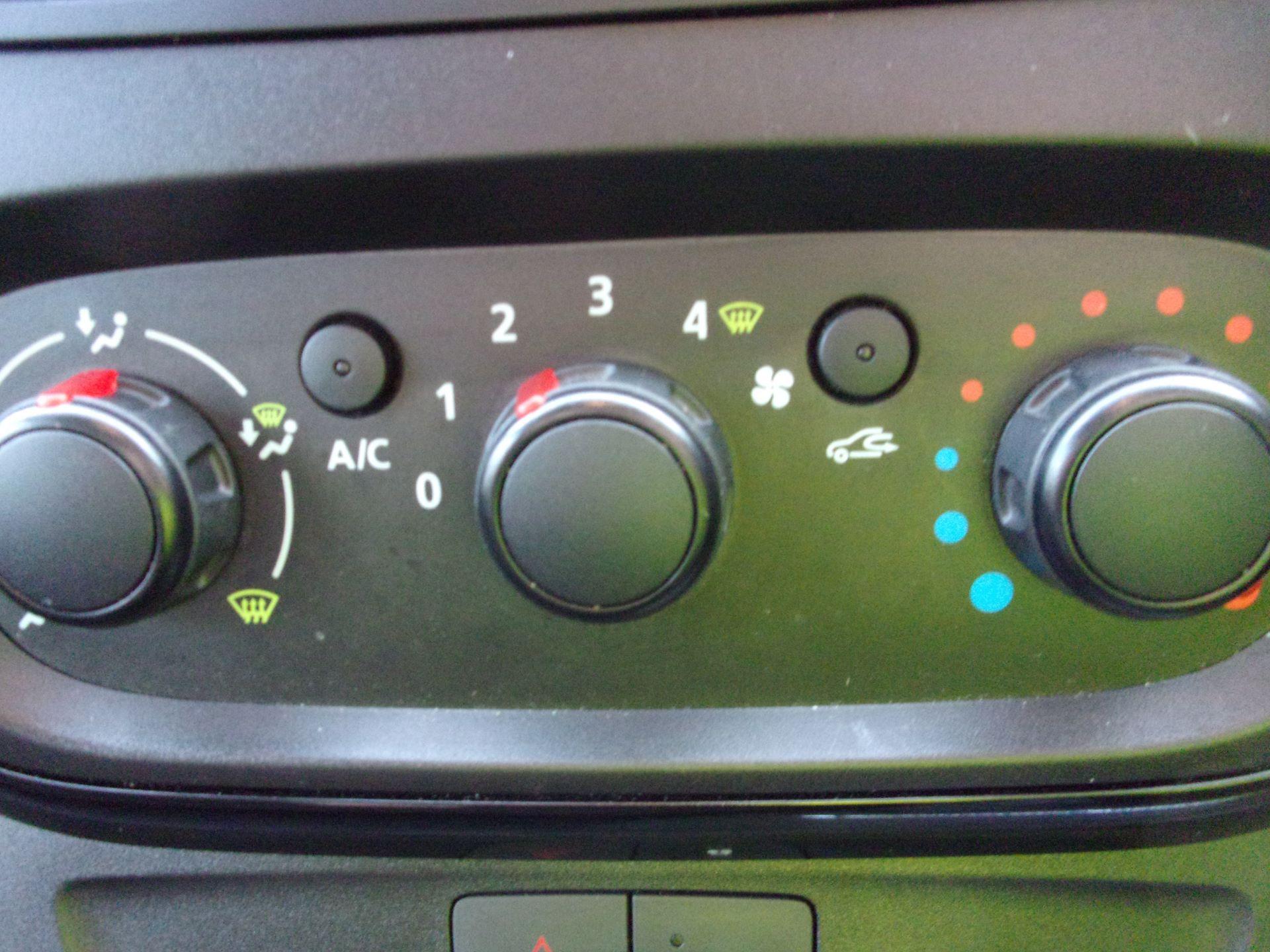 2018 Vauxhall Vivaro L2 H1 2900 1.6 CDTI 120PS SPORTIVE VAN EURO 6 (DV18RXU) Image 8