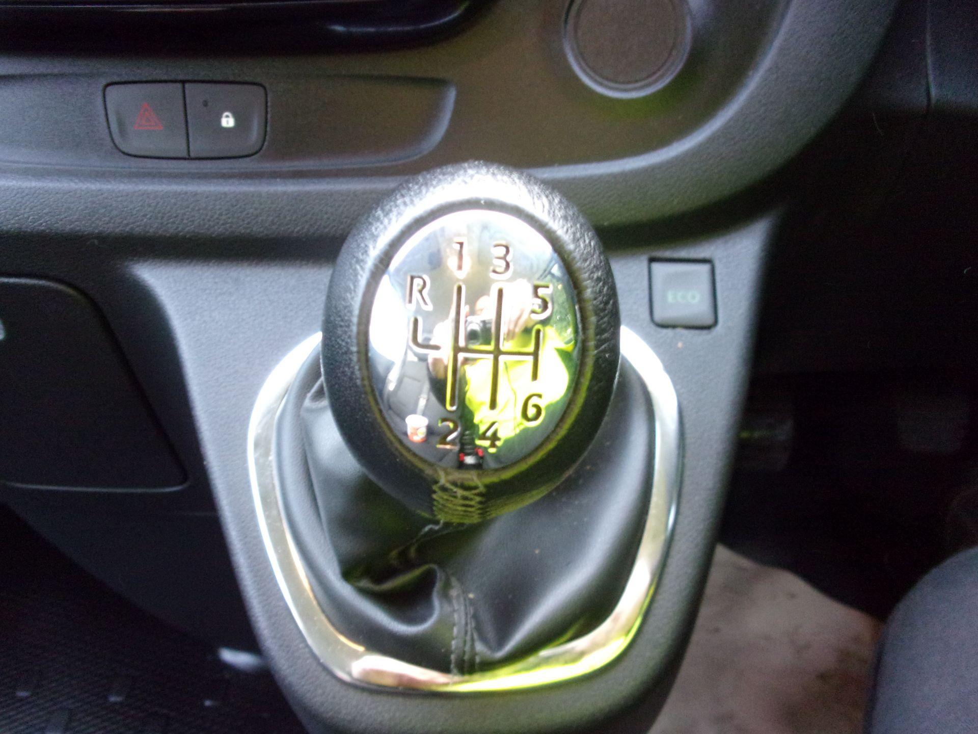 2018 Vauxhall Vivaro L2 H1 2900 1.6 CDTI 120PS SPORTIVE VAN EURO 6 (DV18RXU) Image 4