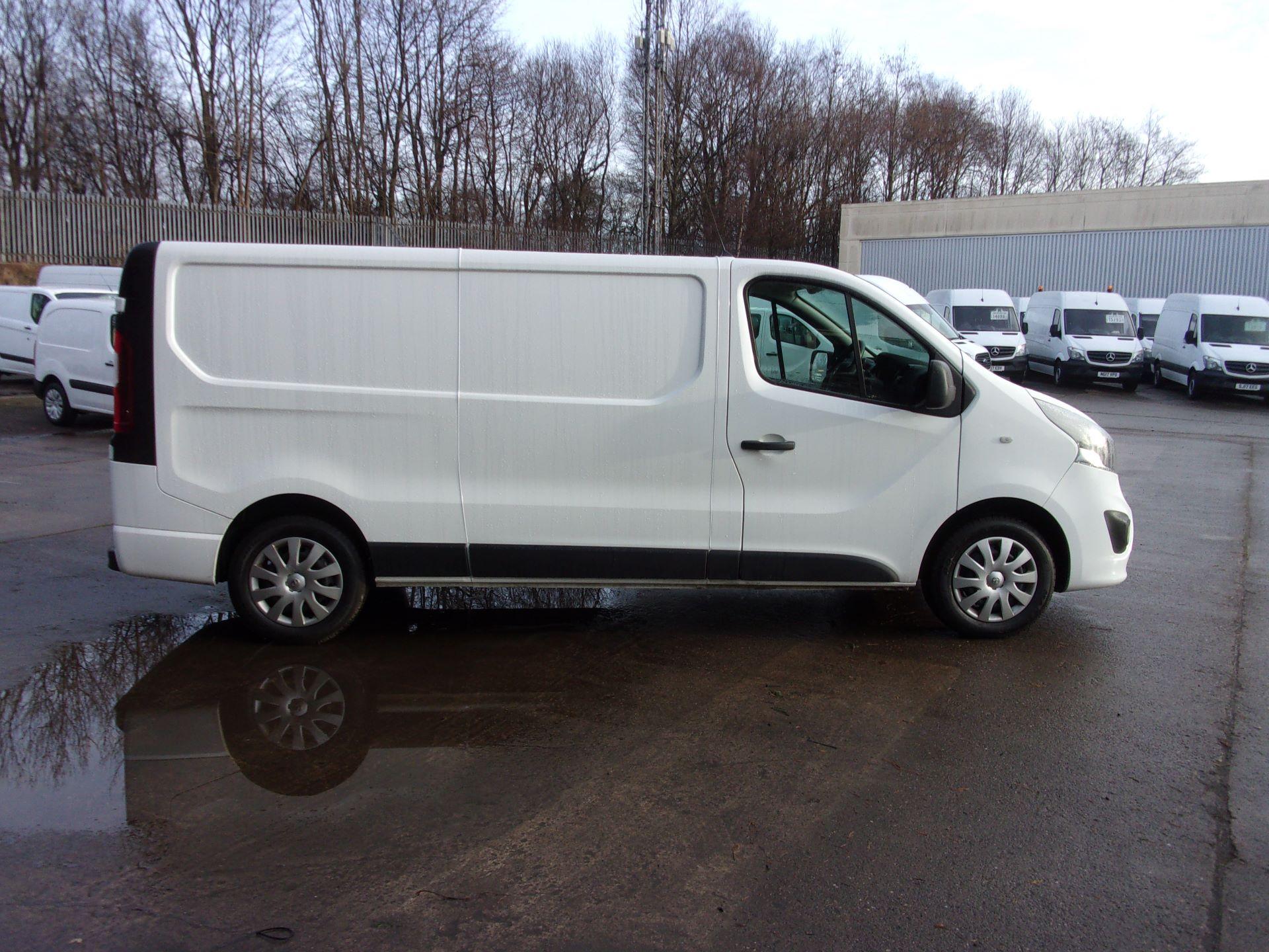 2018 Vauxhall Vivaro L2 H1 2900 1.6 CDTI 120PS SPORTIVE VAN EURO 6 (DV18RXU) Image 10