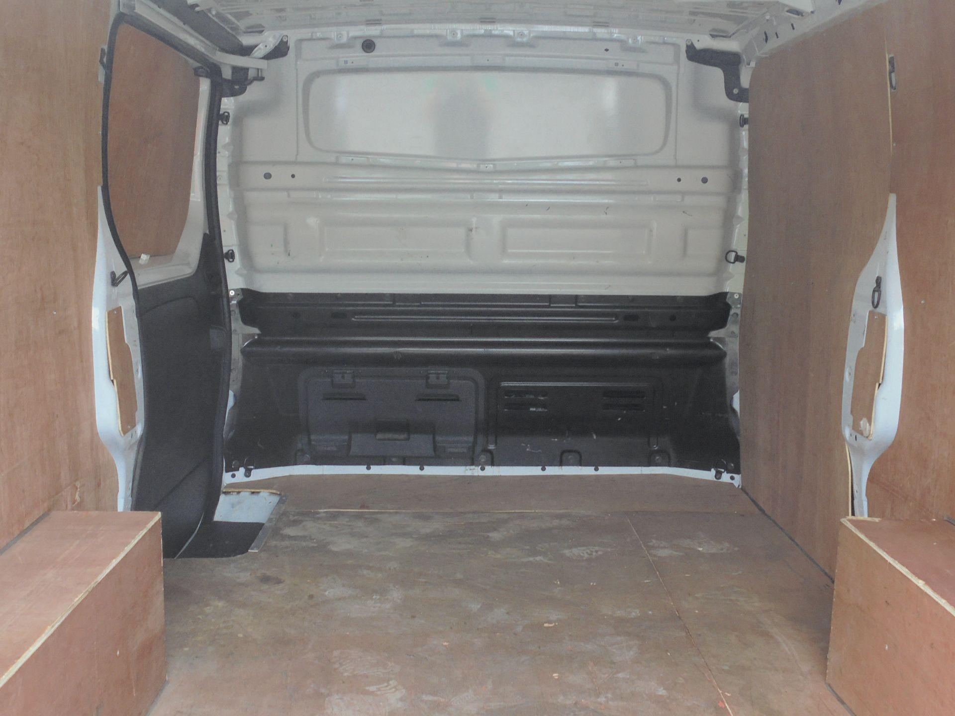 2018 Vauxhall Vivaro 2900 1.6Cdti 120Ps Sportive H1 Van (DV18SKU) Image 10