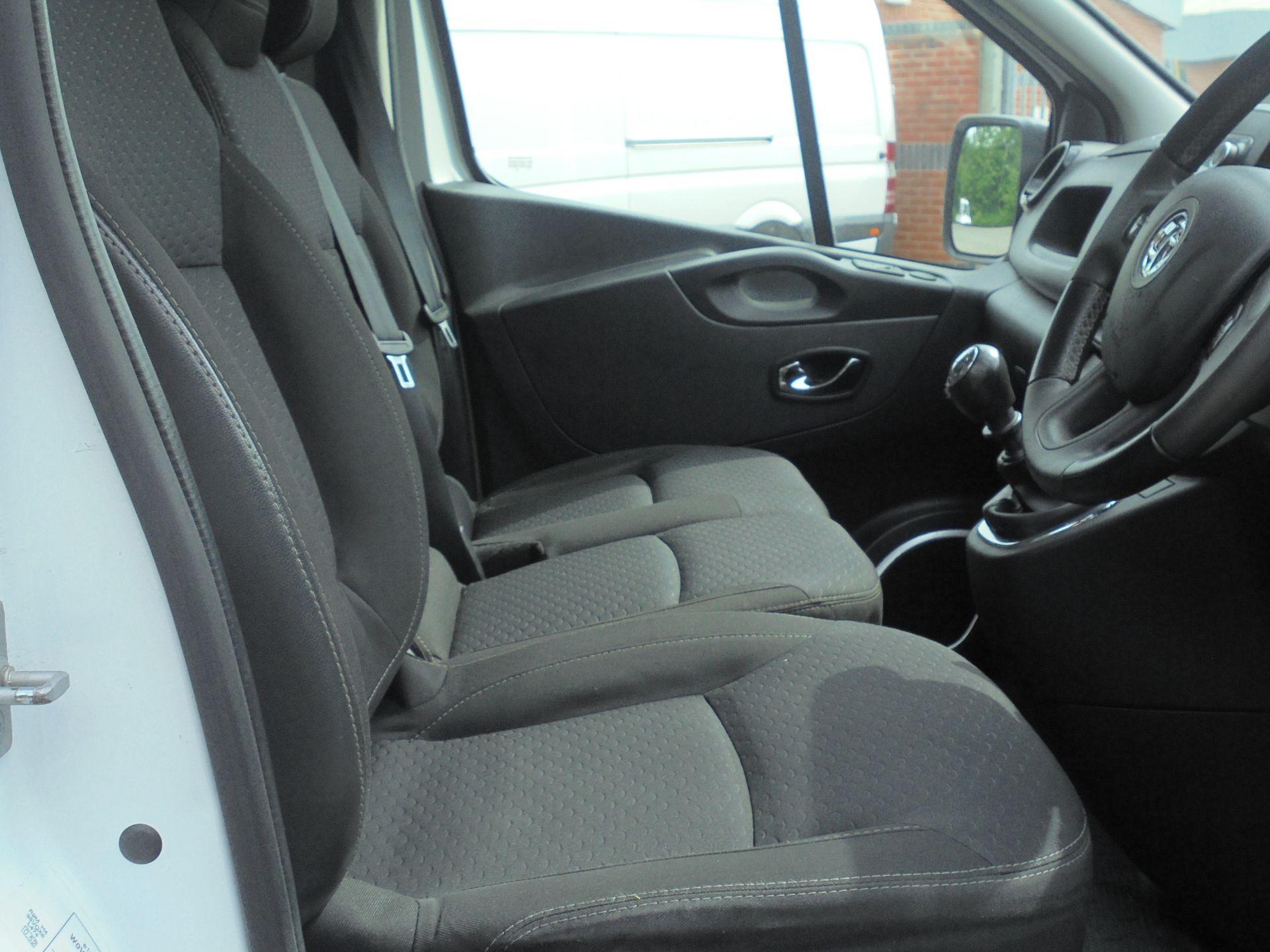 2018 Vauxhall Vivaro 2900 1.6Cdti 120Ps Sportive H1 Van (DV18SKU) Image 12