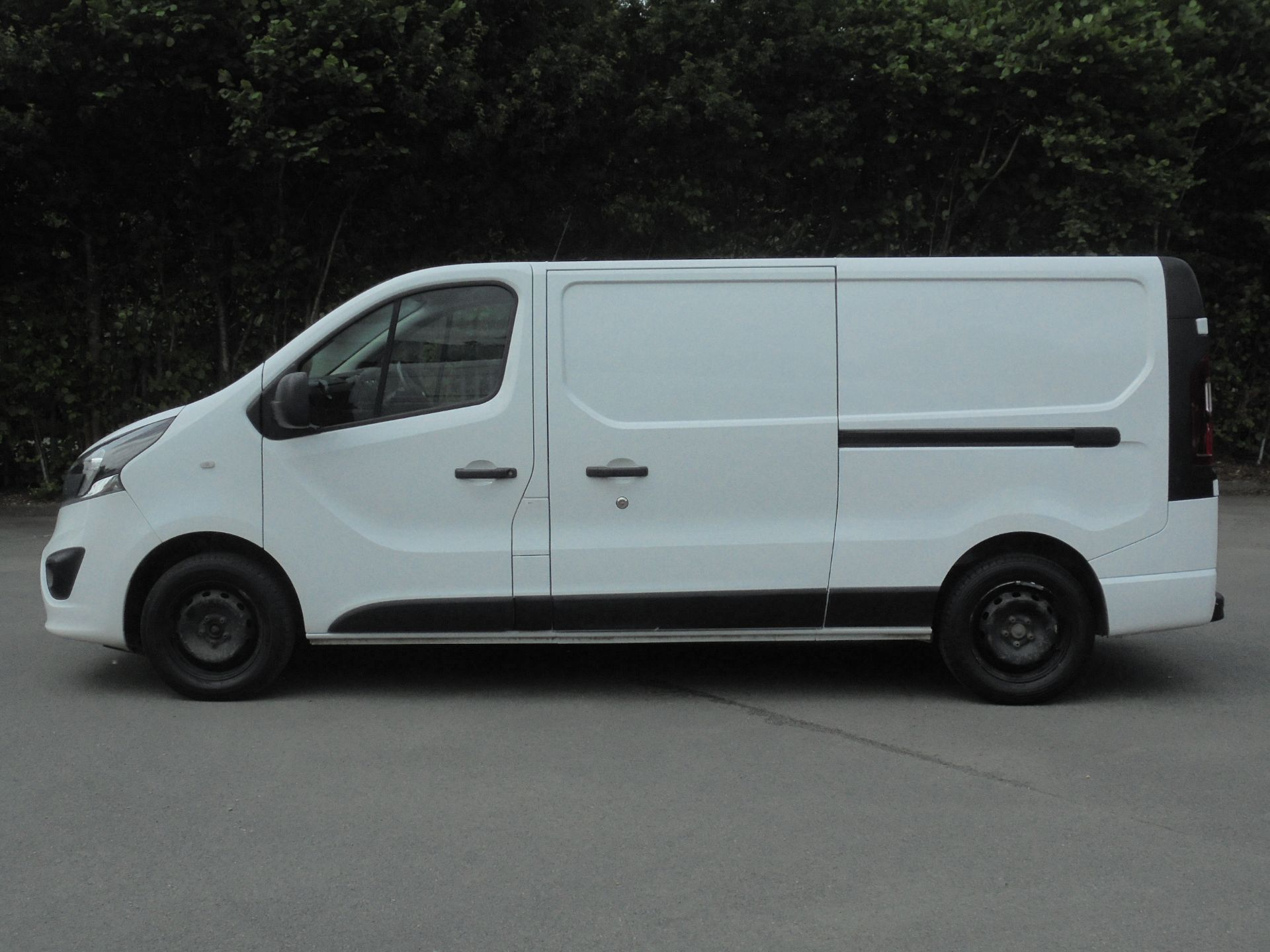 2018 Vauxhall Vivaro 2900 1.6Cdti 120Ps Sportive H1 Van (DV18SKU) Image 4