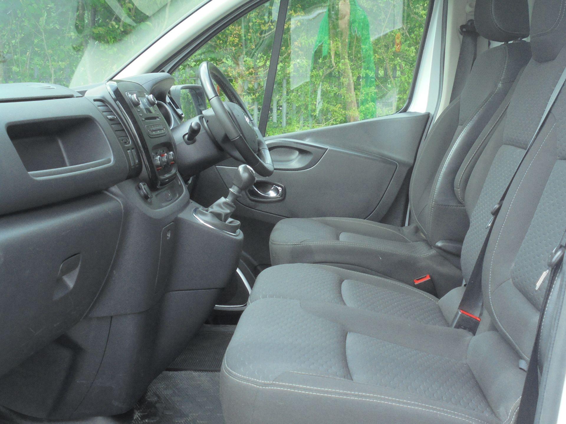 2018 Vauxhall Vivaro 2900 1.6Cdti 120Ps Sportive H1 Van (DV18SKU) Image 5
