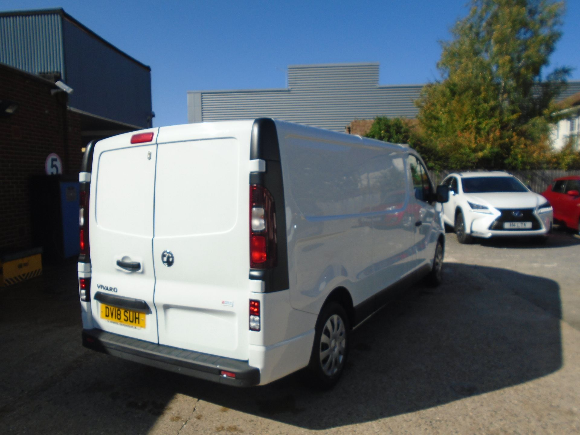 2018 Vauxhall Vivaro 2900 1.6Cdti 120Ps Sportive H1 Van(EURO 6)(LIMITED TO 70MPH)(AIR CON) (DV18SUH) Image 5