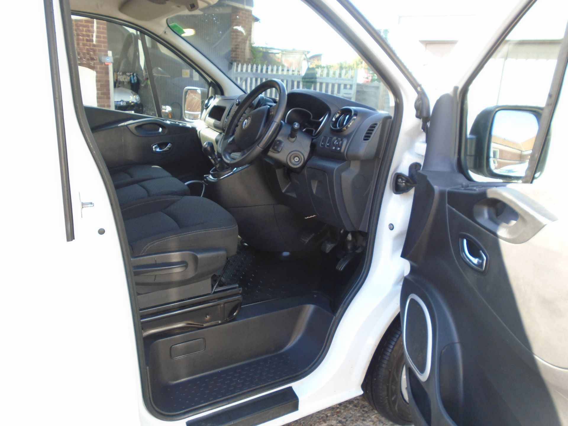 2018 Vauxhall Vivaro 2900 1.6Cdti 120Ps Sportive H1 Van(EURO 6)(LIMITED TO 70MPH)(AIR CON) (DV18SUH) Image 19