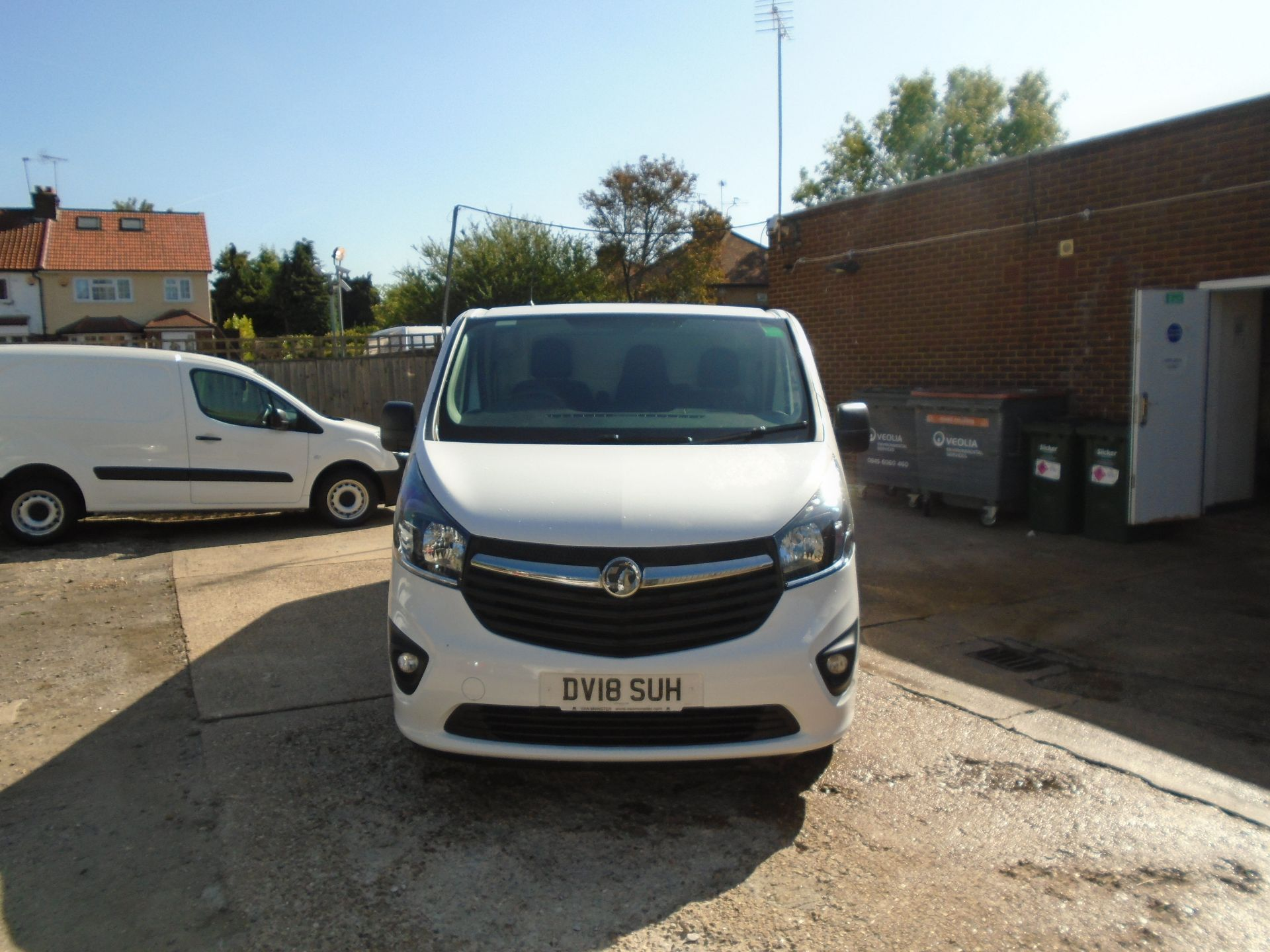 2018 Vauxhall Vivaro 2900 1.6Cdti 120Ps Sportive H1 Van(EURO 6)(LIMITED TO 70MPH)(AIR CON) (DV18SUH) Image 2