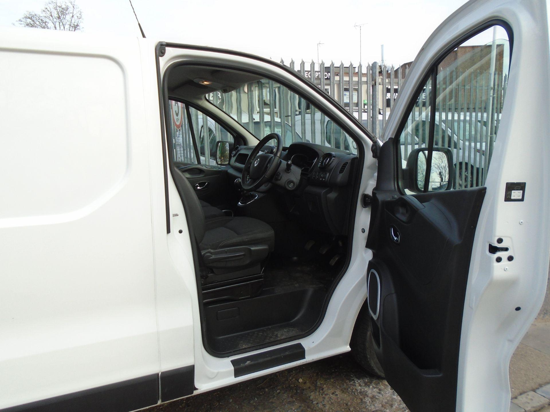2018 Vauxhall Vivaro 2900 1.6Cdti 120Ps Sportive H1 Van **LIMITED 70MPH** (DV18TFA) Image 18