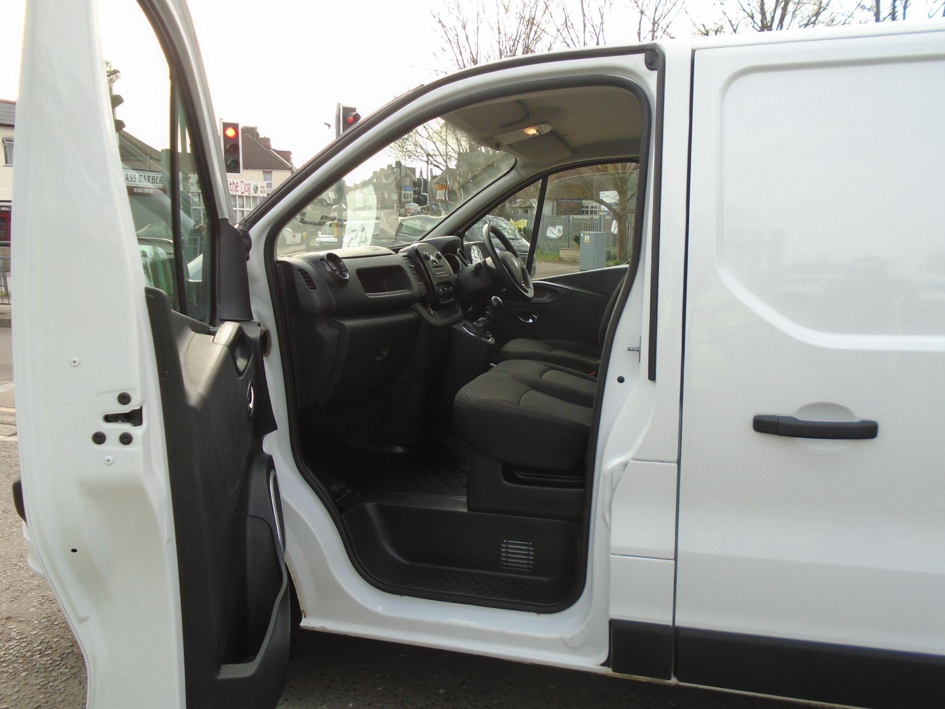 2018 Vauxhall Vivaro 2900 1.6Cdti 120Ps Sportive H1 Van **LIMITED 70MPH** (DV18TFA) Image 15