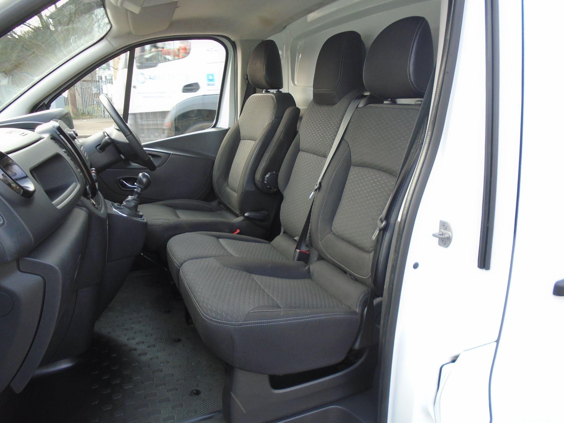 2018 Vauxhall Vivaro 2900 1.6Cdti 120Ps Sportive H1 Van **LIMITED 70MPH** (DV18TFA) Image 16