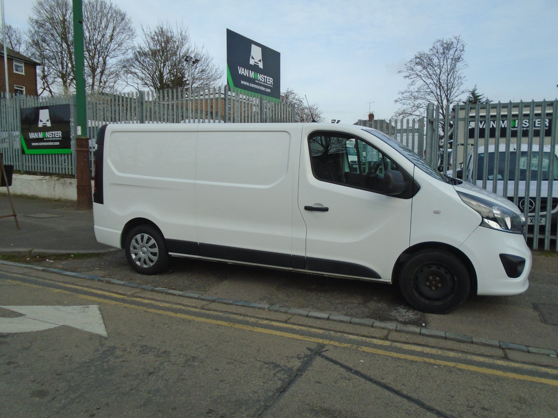2018 Vauxhall Vivaro 2900 1.6Cdti 120Ps Sportive H1 Van **LIMITED 70MPH** (DV18TFA) Image 8