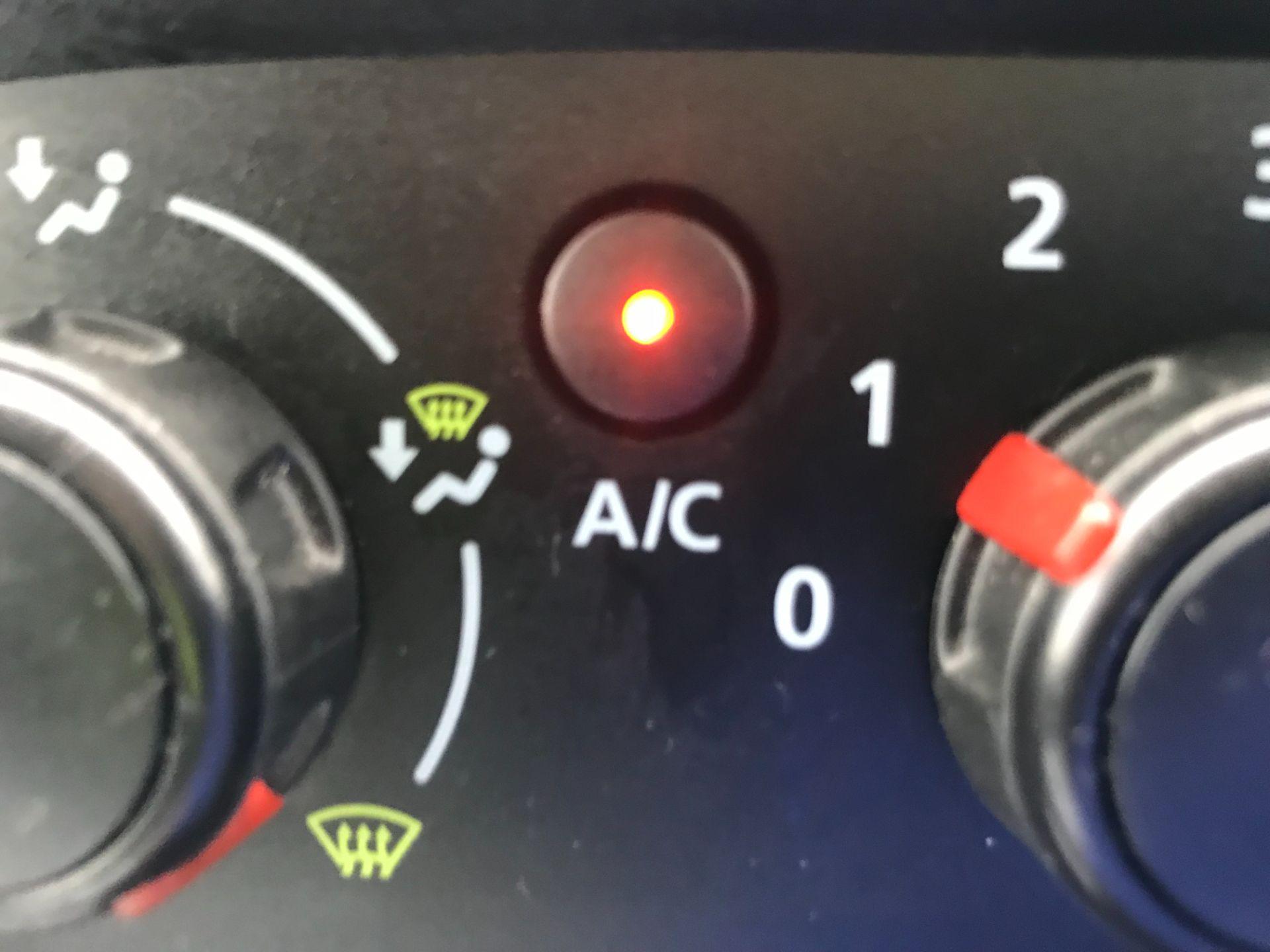 2019 Vauxhall Vivaro L2 H1 2900 1.6CDTI 120PS SPORTIVE EURO 6 (DV19YZY) Image 23