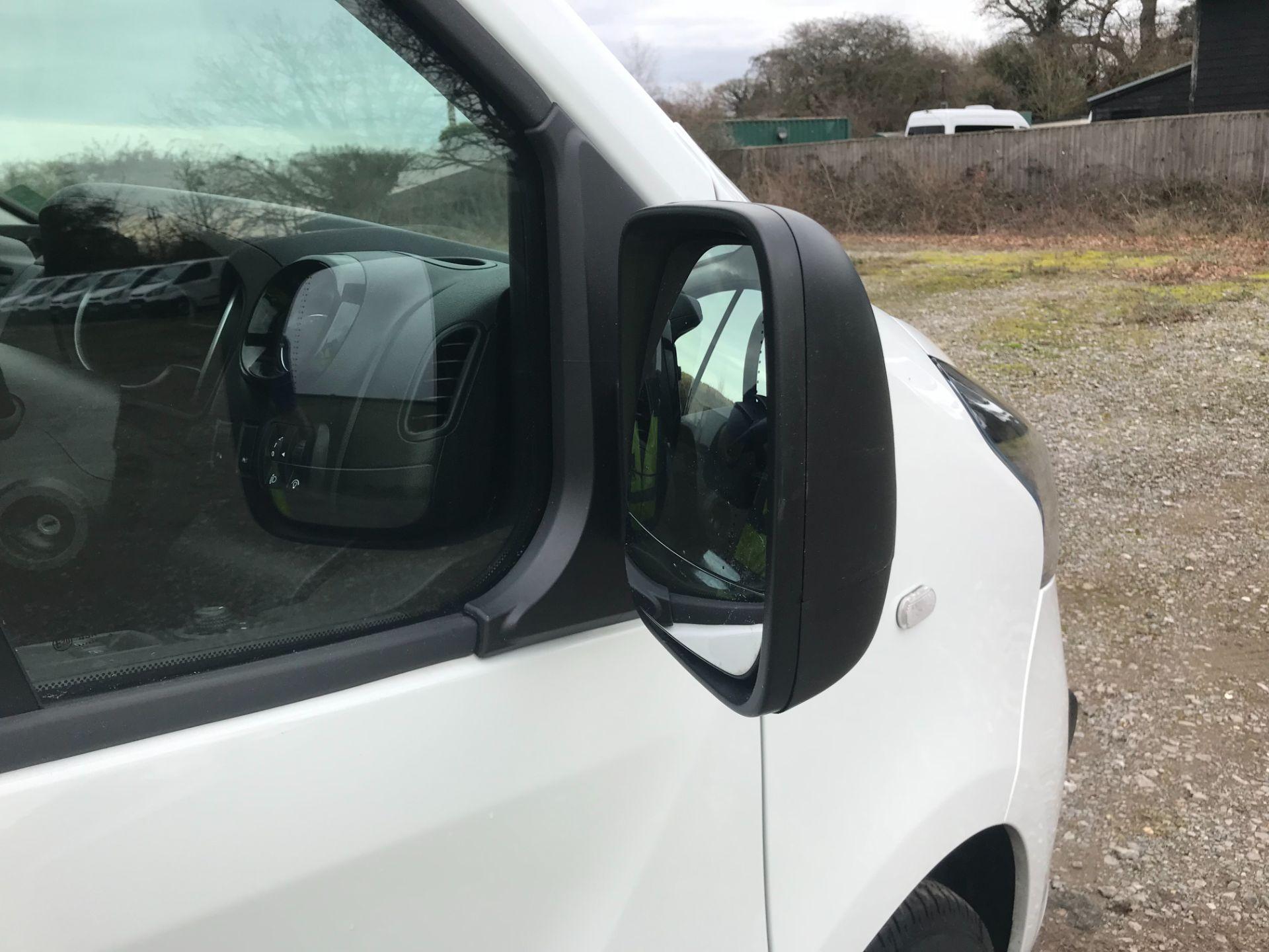 2019 Vauxhall Vivaro L2 H1 2900 1.6CDTI 120PS SPORTIVE EURO 6 (DV19YZY) Image 26