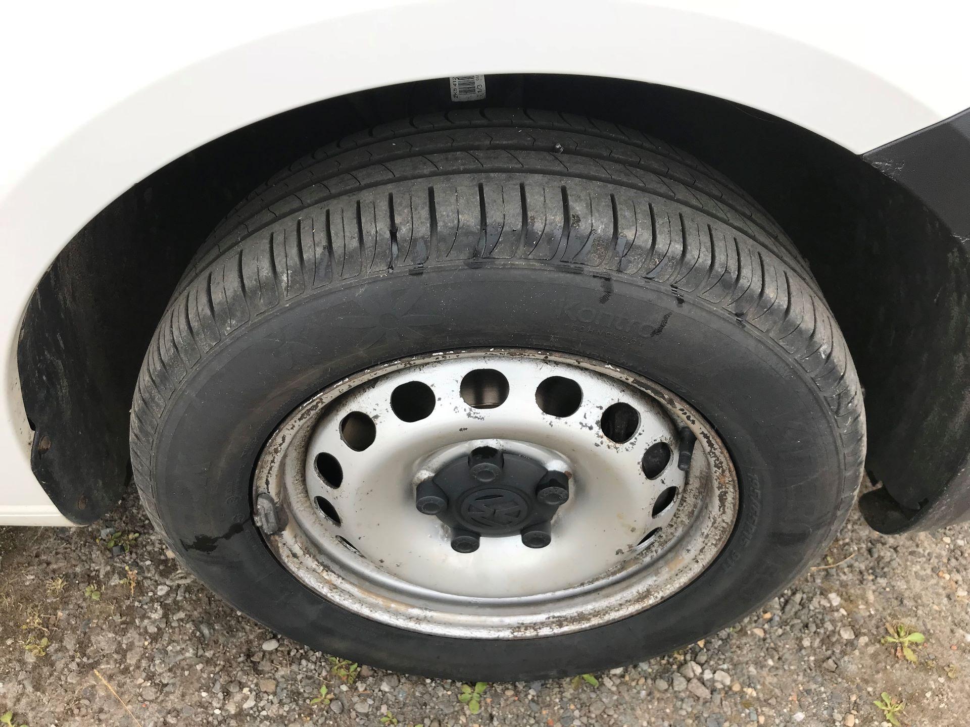 2013 Volkswagen Caddy 1.6 Tdi 102Ps Van (DV63WTY) Image 9
