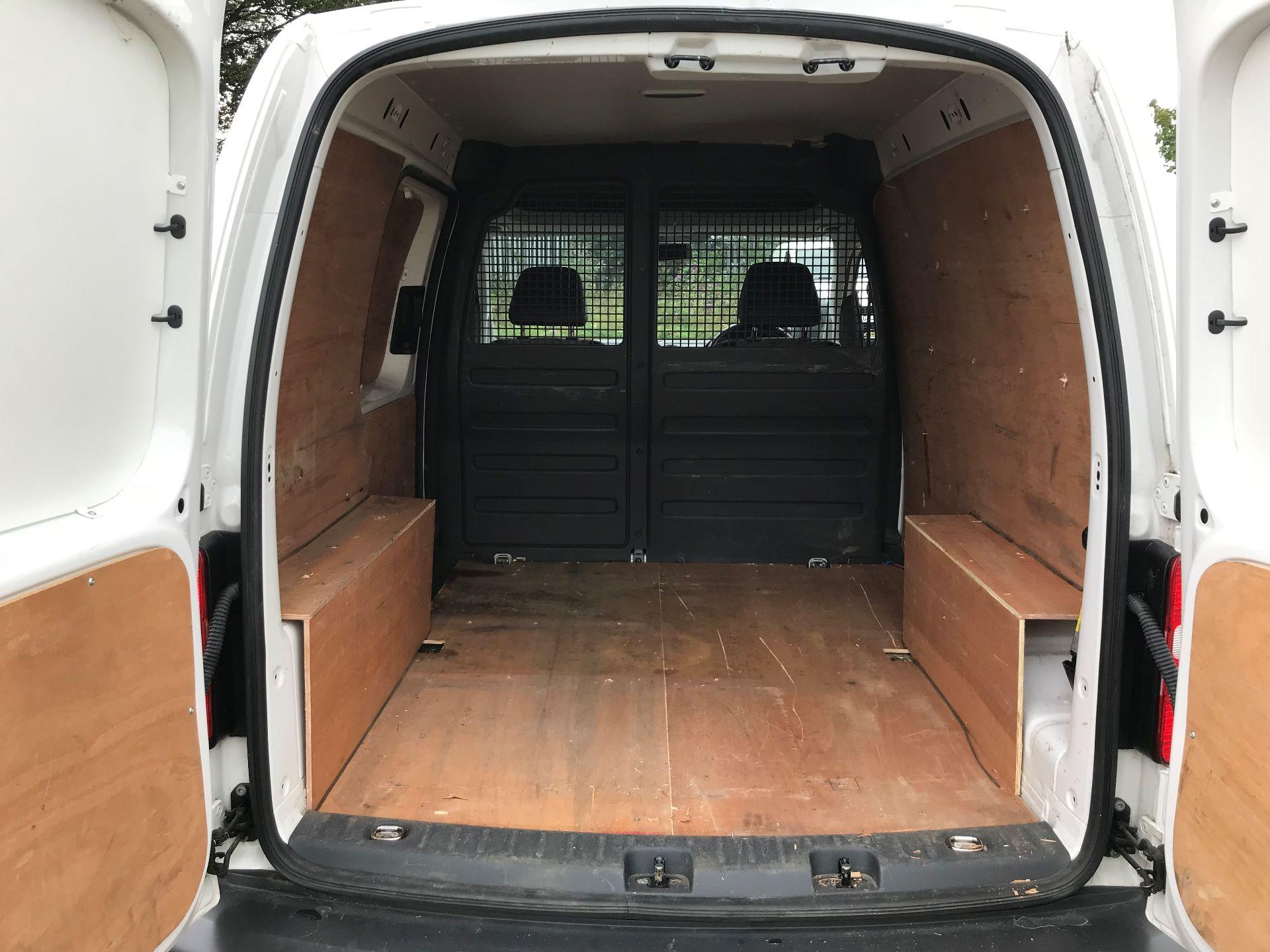 2013 Volkswagen Caddy 1.6 Tdi 102Ps Van (DV63WTY) Image 16