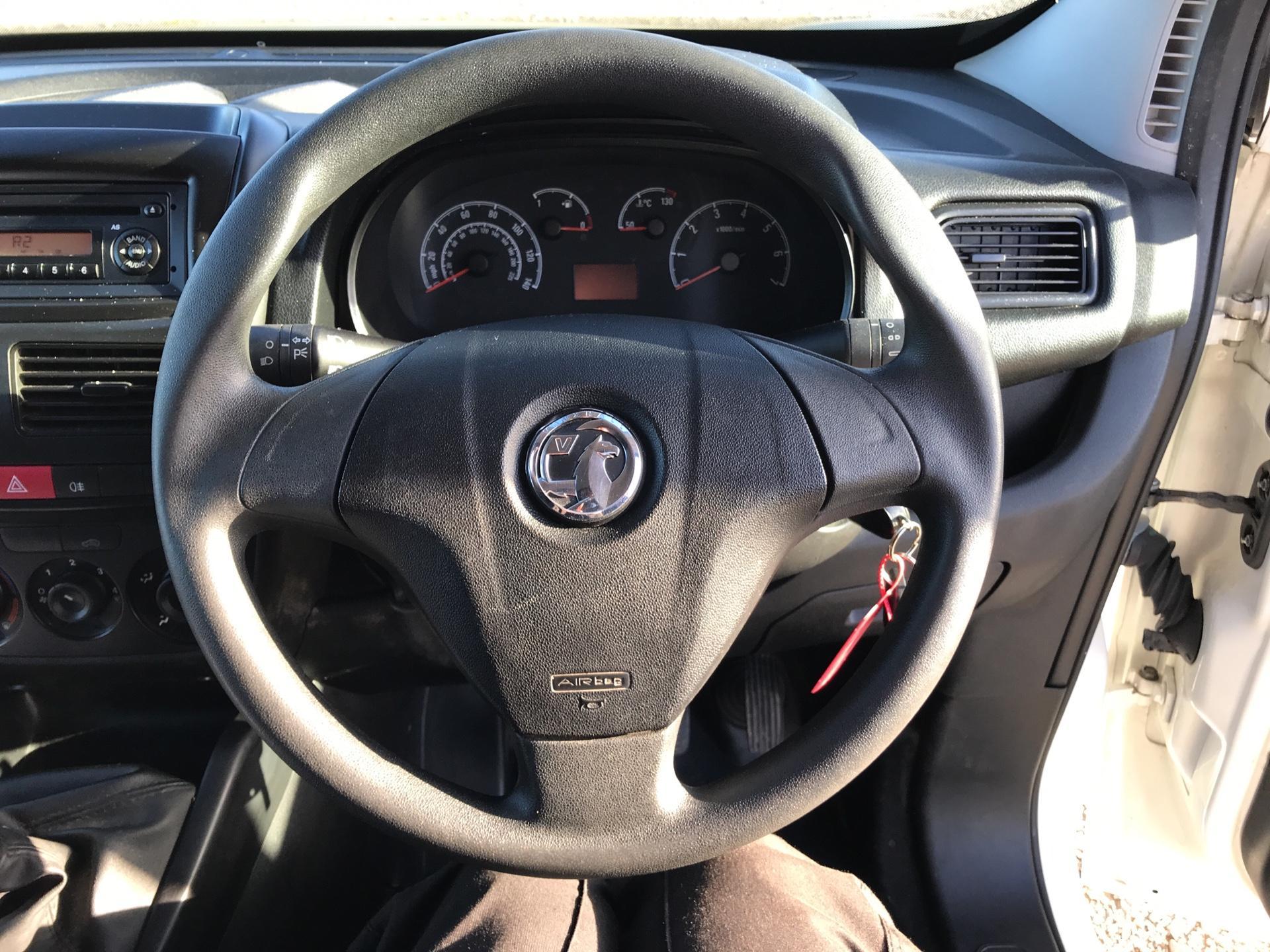 2014 Vauxhall Combo L1H1 2000 1.3 16V EURO 5 (DV64XYA) Image 12