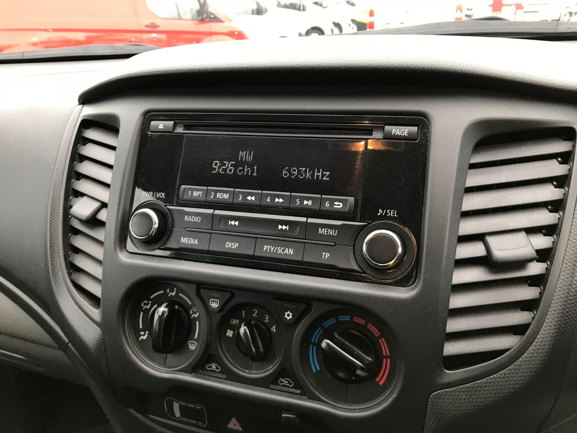 2016 Mitsubishi L200 Double Cab Di-D 151 4Life 4Wd (DV66VPT) Image 13
