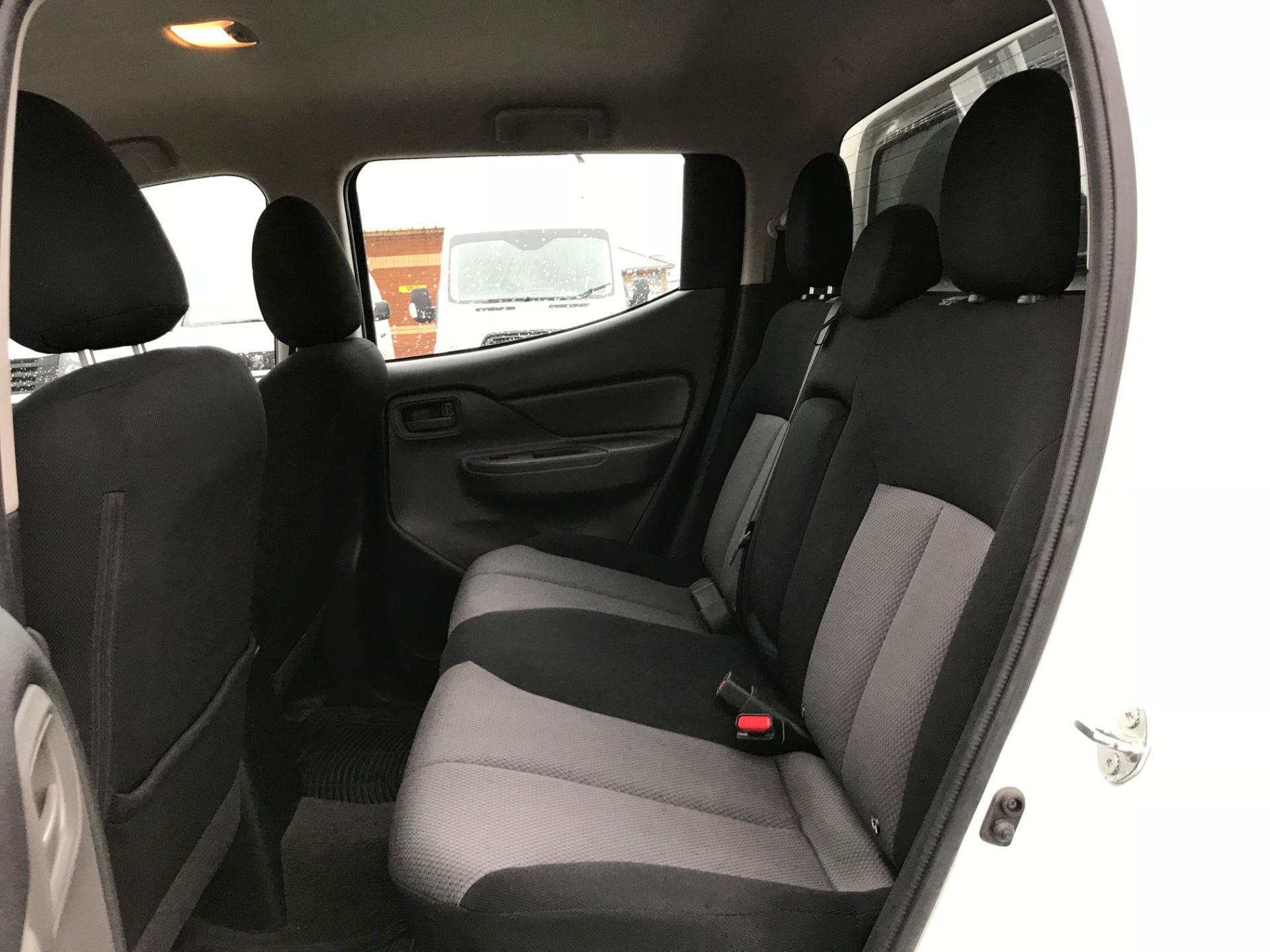 2016 Mitsubishi L200 Double Cab Di-D 151 4Life 4Wd (DV66VPT) Image 16
