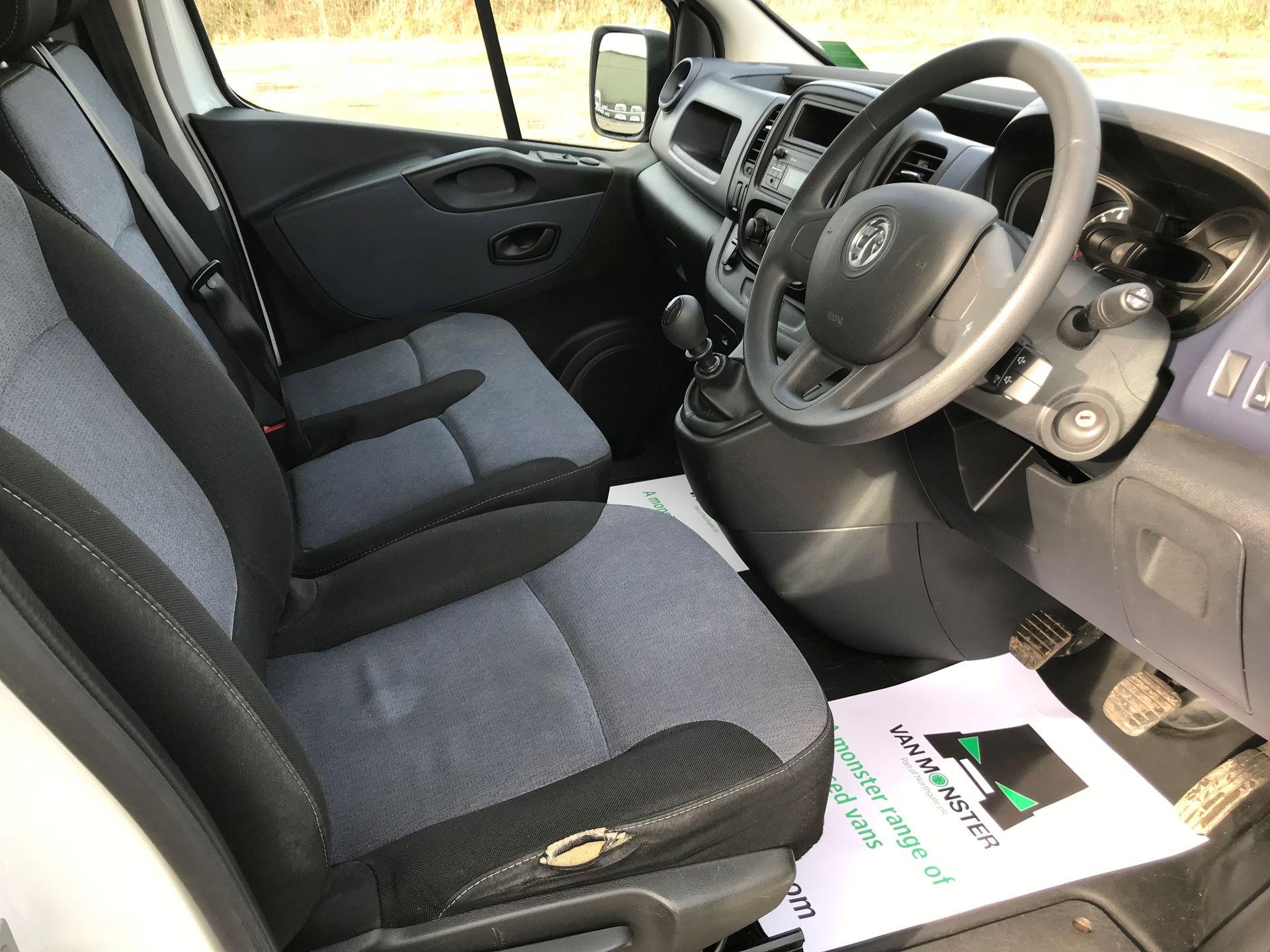 2017 Vauxhall Vivaro L2 H1 2900 1.6CDTI 120PS EURO 6 (DV67LTX) Image 22