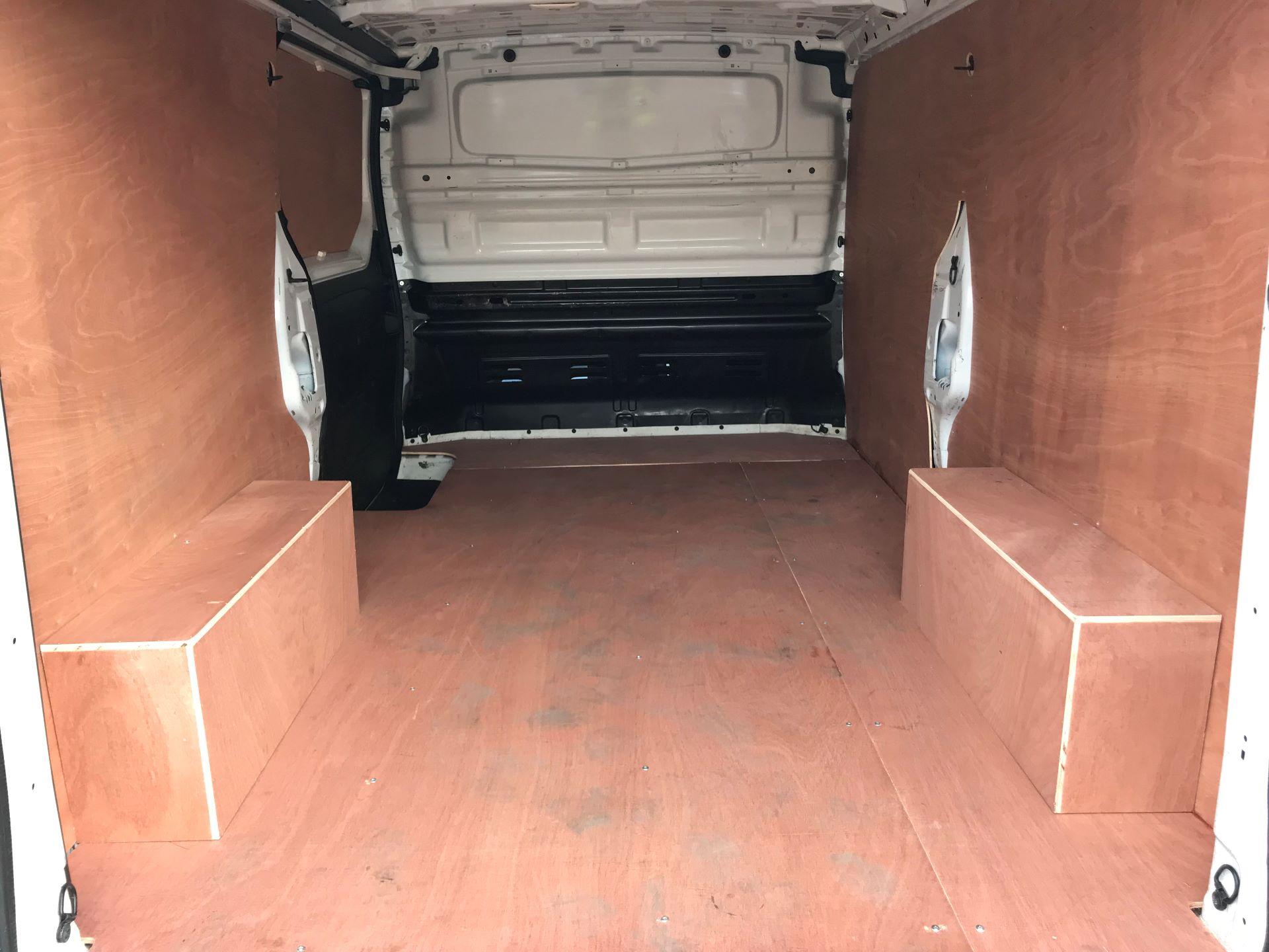 2017 Vauxhall Vivaro L2 H1 2900 1.6CDTI 120PS EURO 6 (DV67LTX) Image 8