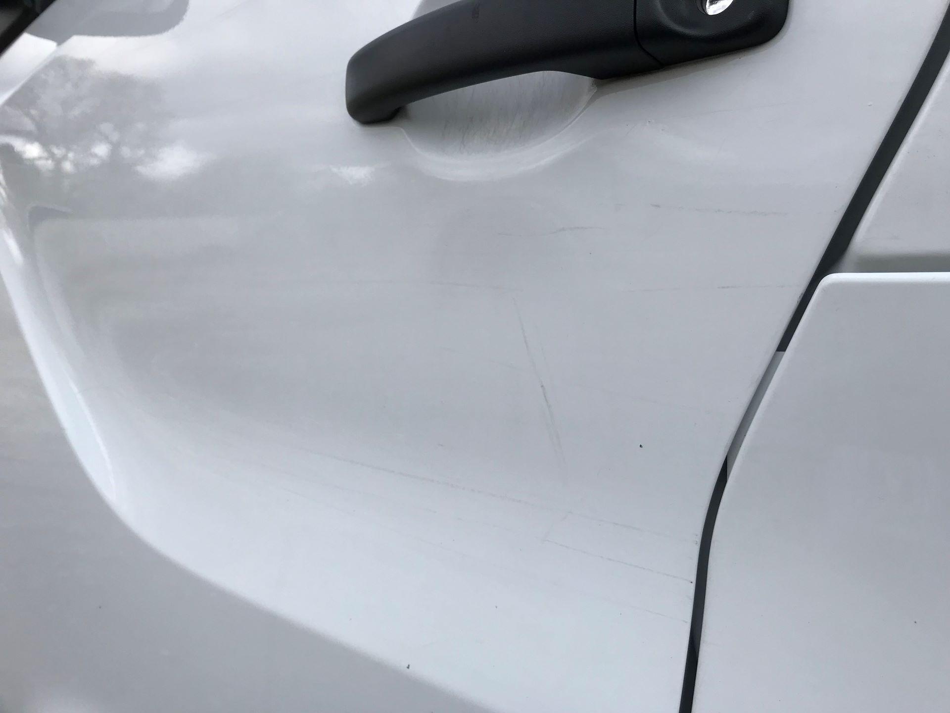 2017 Vauxhall Vivaro L2 H1 2900 1.6CDTI 120PS EURO 6 (DV67LTX) Image 33