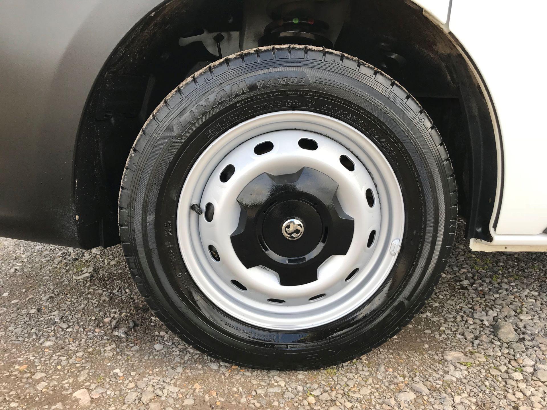 2017 Vauxhall Vivaro L2 H1 2900 1.6CDTI 120PS EURO 6 (DV67LTX) Image 20