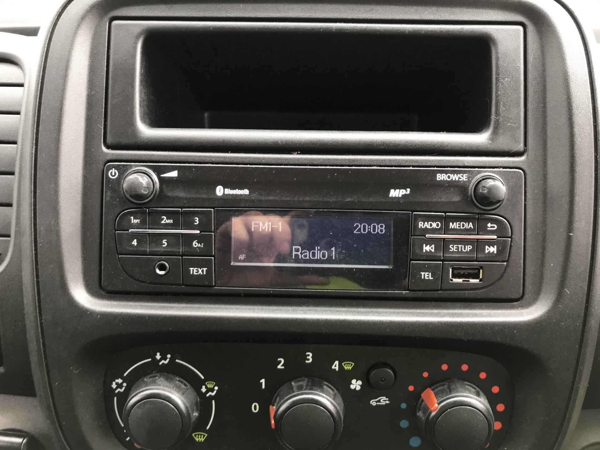 2017 Vauxhall Vivaro L2 H1 2900 1.6CDTI 120PS EURO 6 (DV67LTZ) Image 10