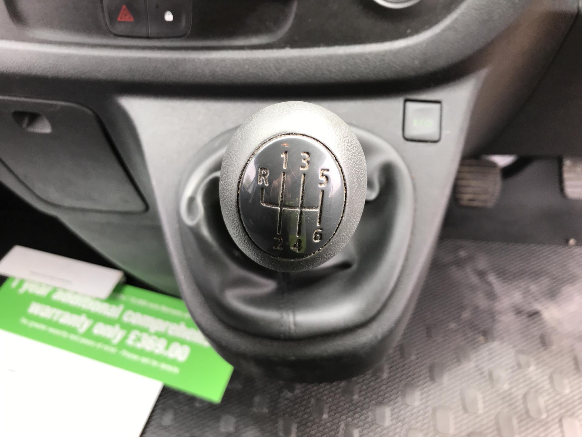 2017 Vauxhall Vivaro L2 H1 2900 1.6CDTI 120PS EURO 6 (DV67LTZ) Image 11