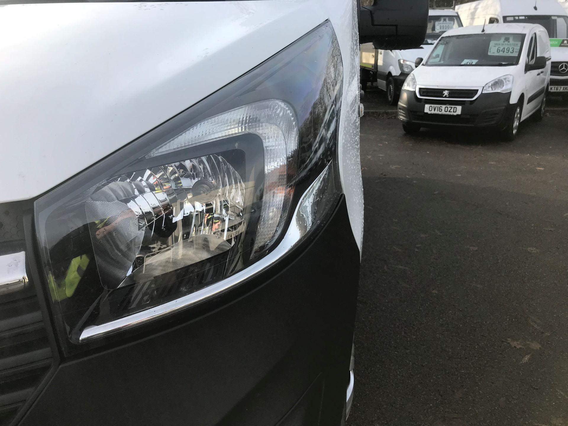 2017 Vauxhall Vivaro L2 H1 2900 1.6CDTI 120PS EURO 6 (DV67LVD) Image 14